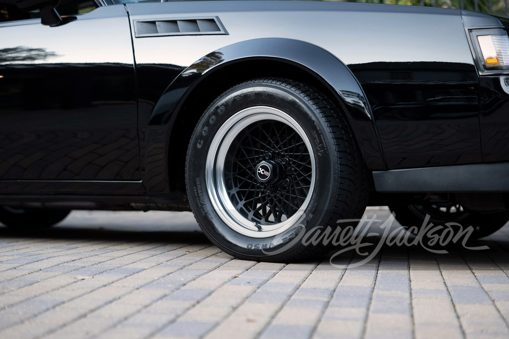 Buick-GNX-Barrett-Jackson-Scottsdale-auction-5