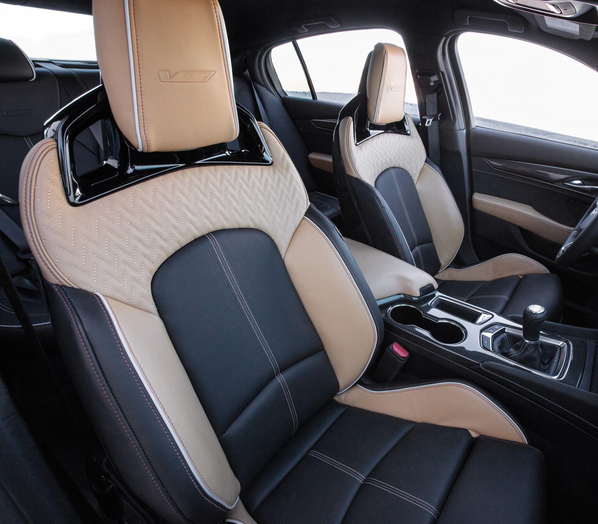 2022-Cadillac-CT5-V-Blackwing-12