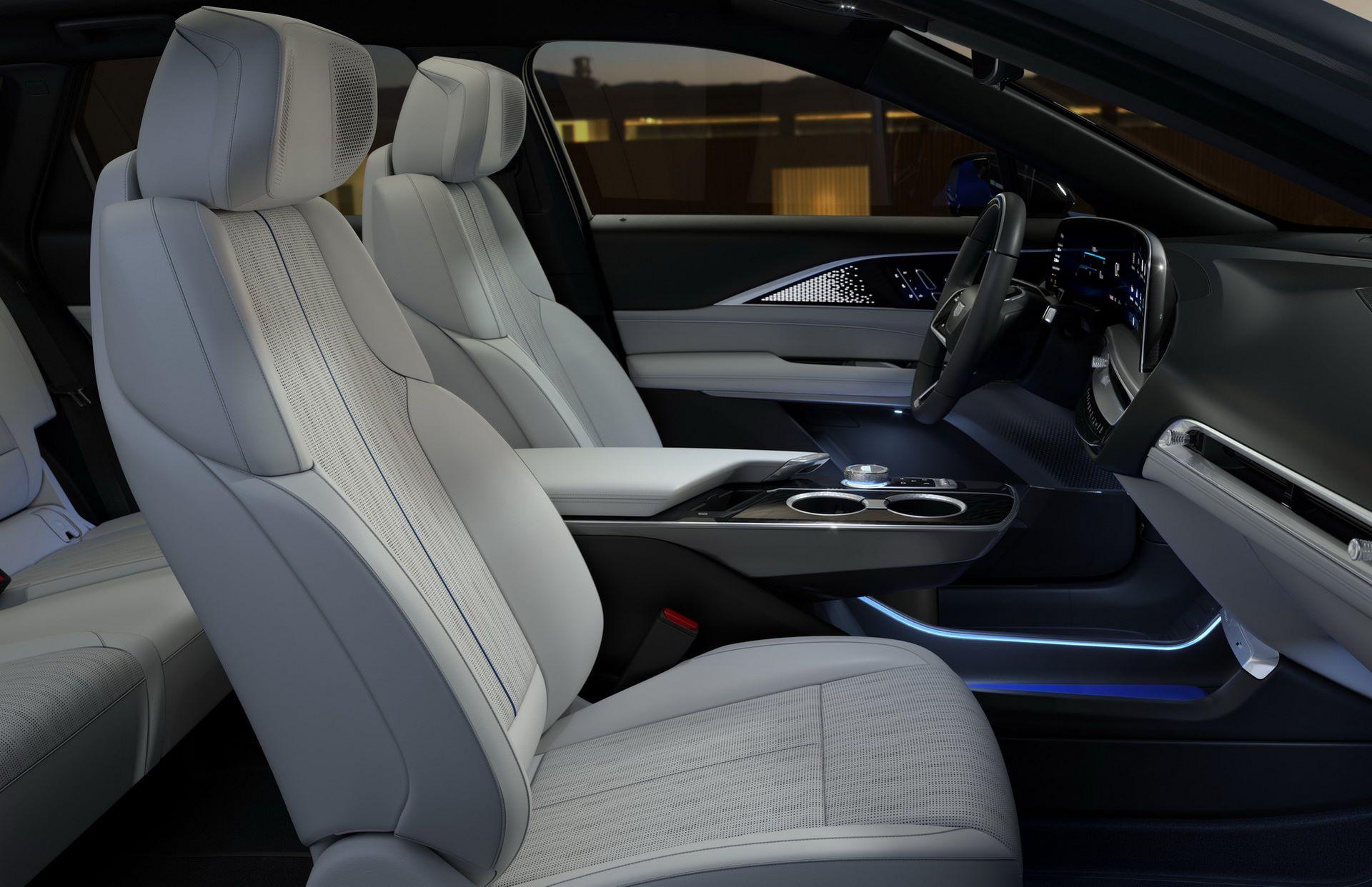 Cadillac-Lyriq-23