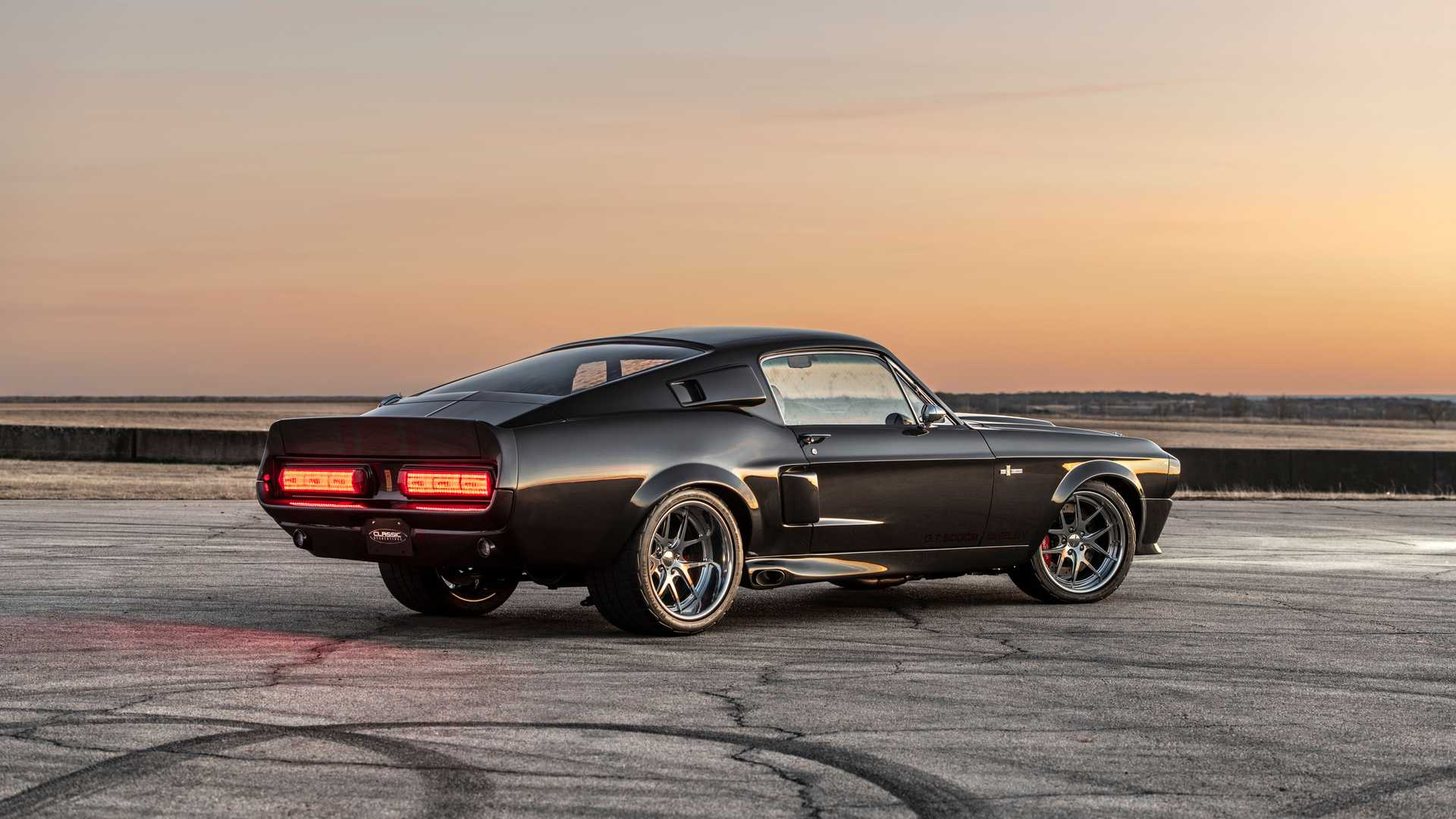 1967-shelby-gt500cr-mustang-by-classic-recreations-10