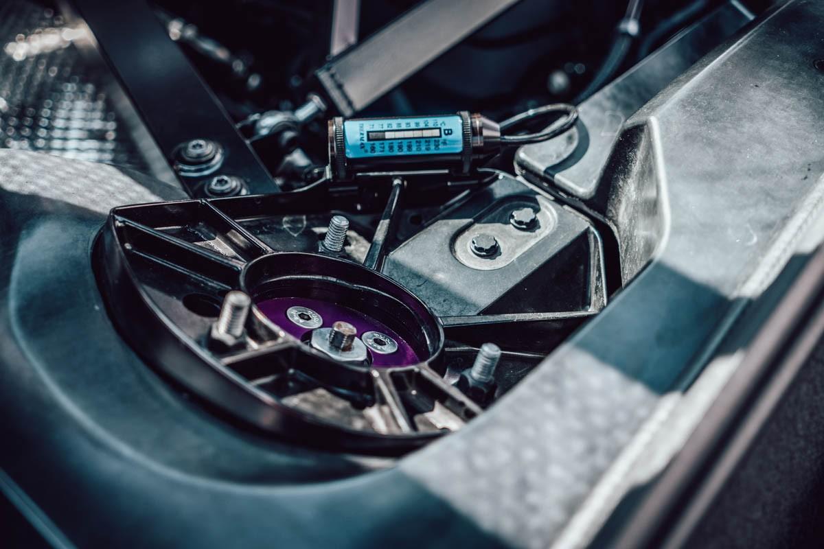 Chevrolet-Corvette-by-GeigerCars-19