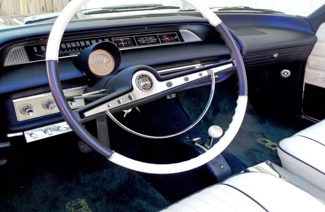 Chevrolet-Impala-1963-Kobe-Bryant-5