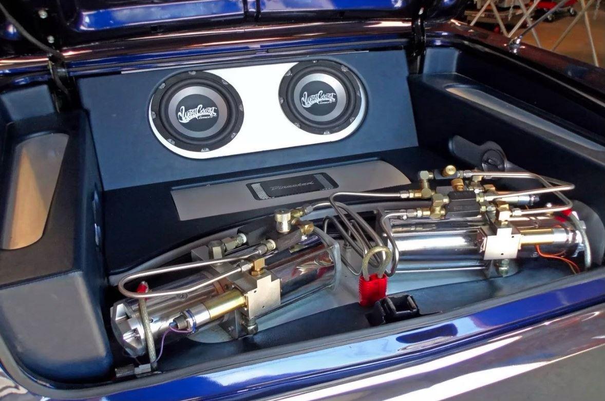 Chevrolet-Impala-1963-Kobe-Bryant-6
