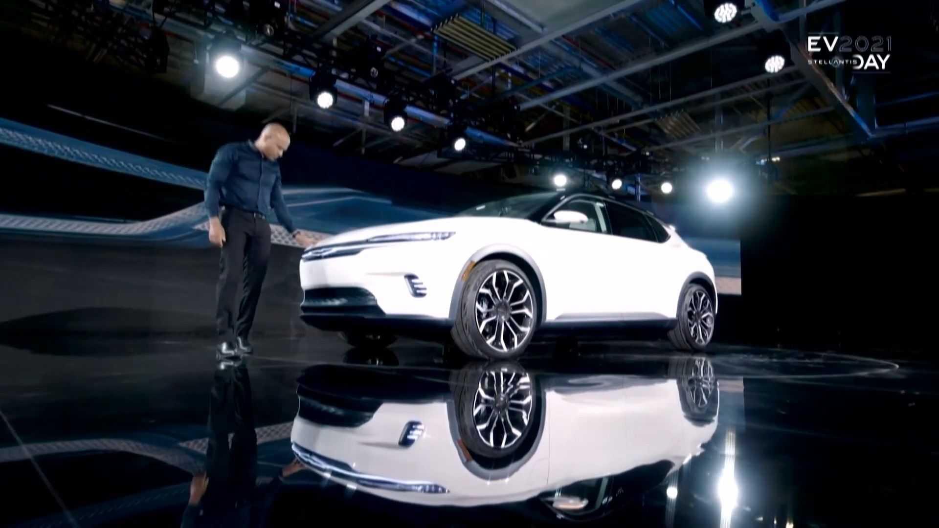 Chrysler-Airflow-production-10