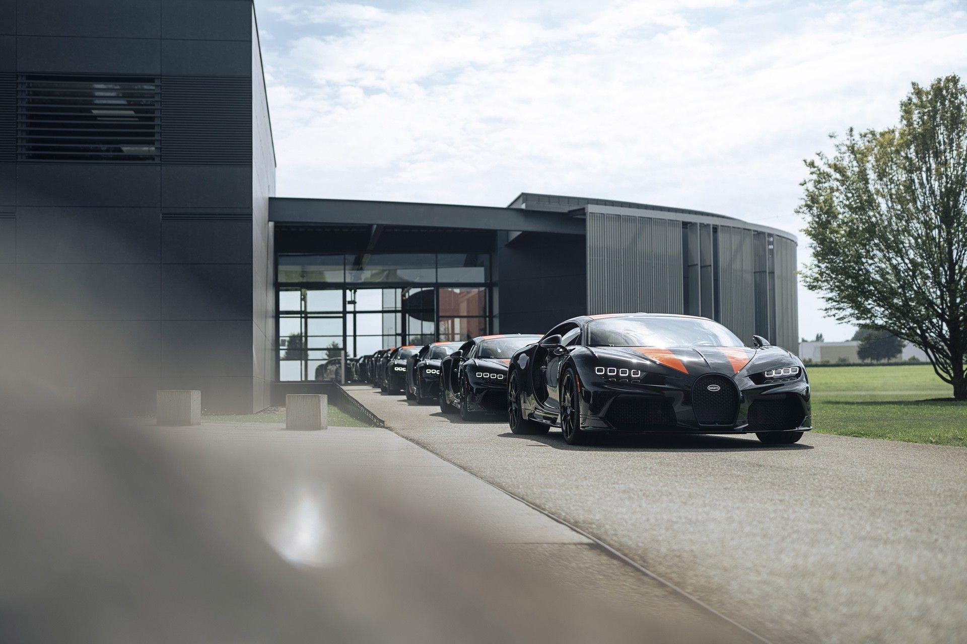 Bugatti_Chiron-Super_Sport_300_customers-0000