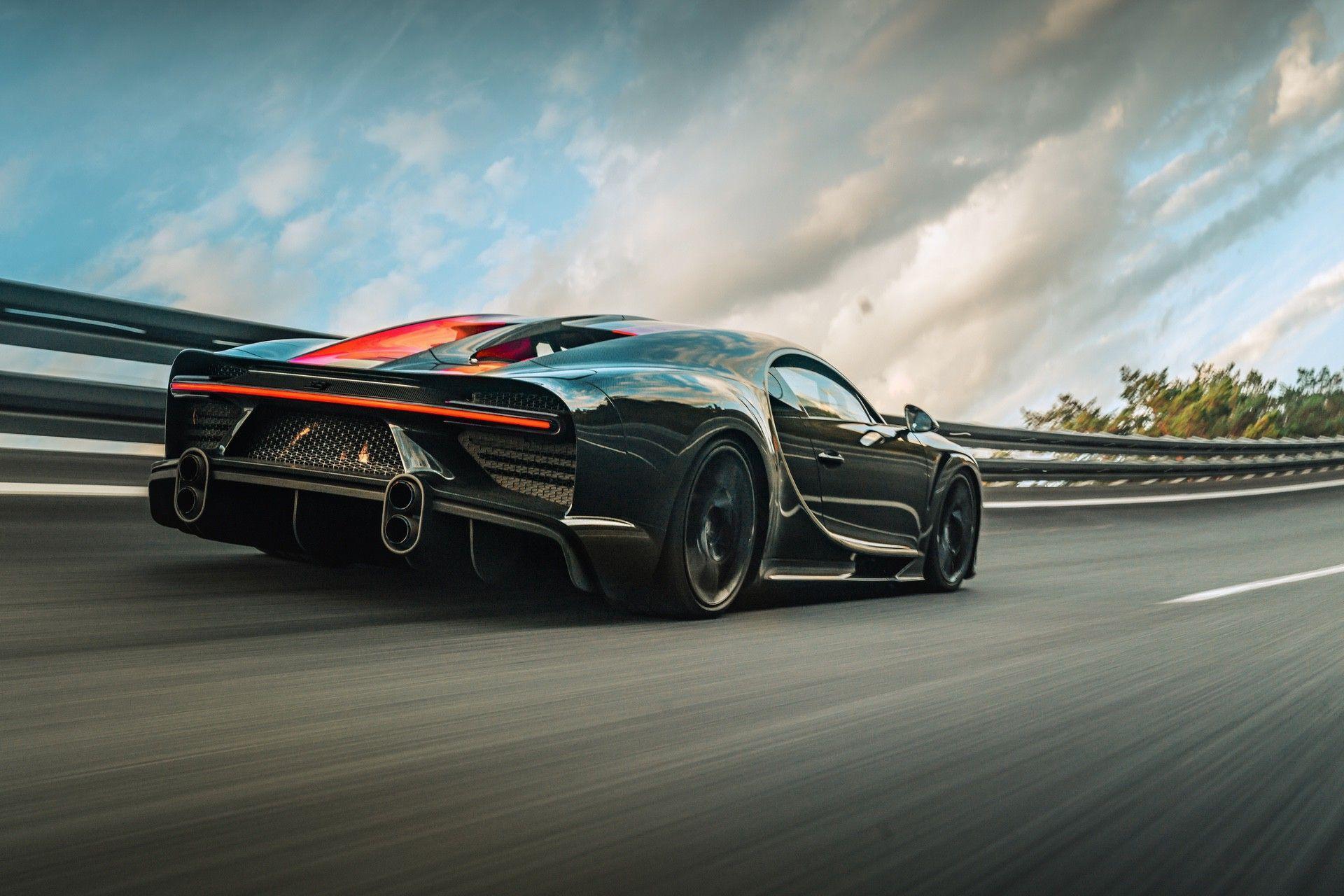 Bugatti_Chiron-Super_Sport_300_customers-0006