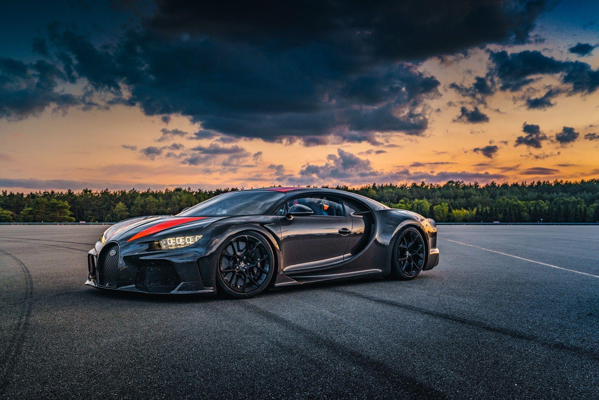 Bugatti_Chiron-Super_Sport_300_customers-0007