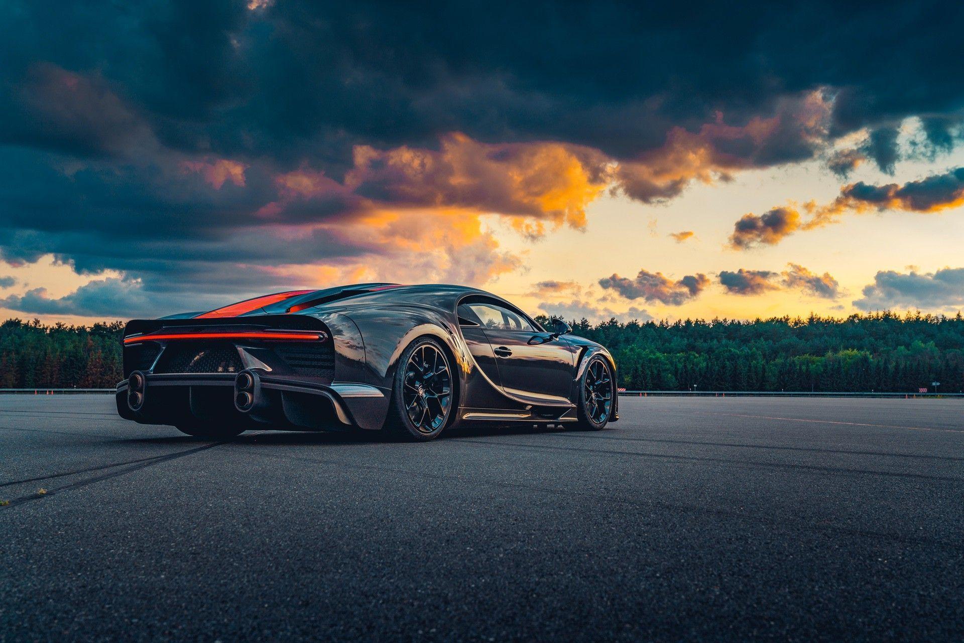 Bugatti_Chiron-Super_Sport_300_customers-0008