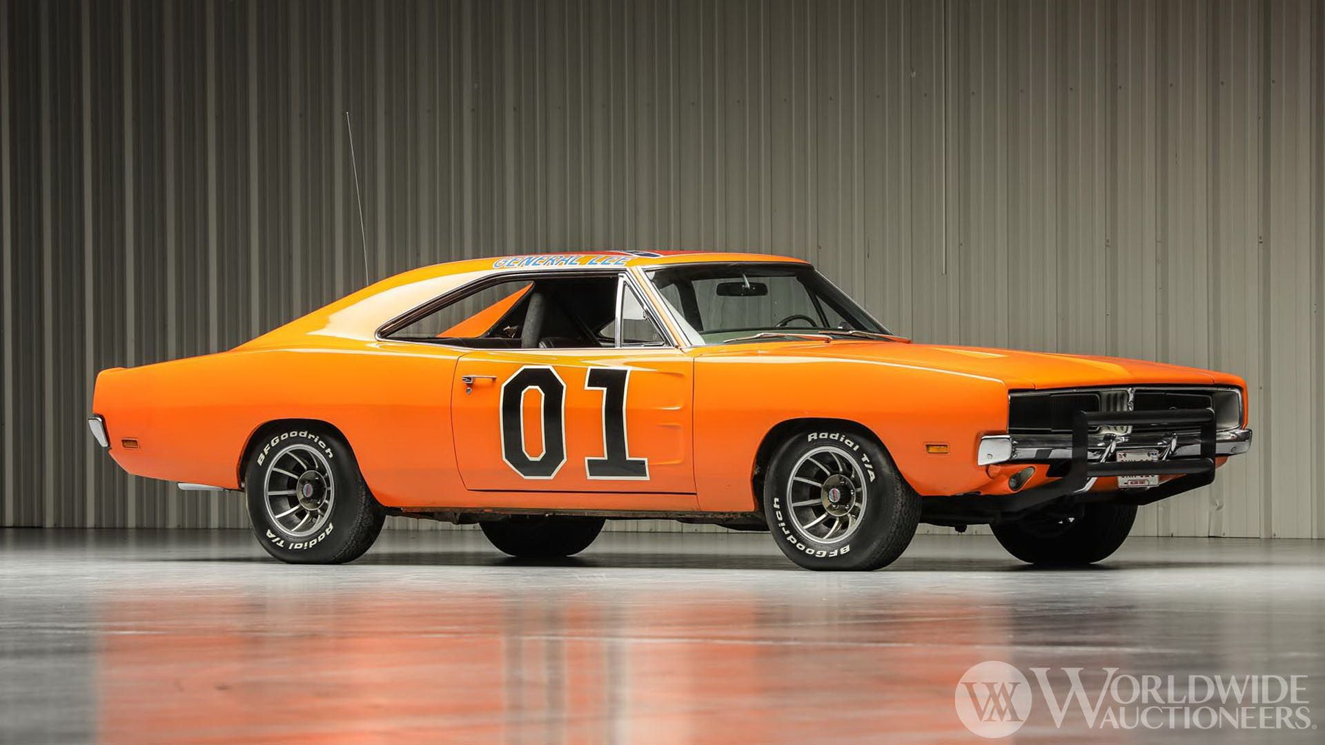 Dodge-Charger-General-Lee-Dukes-Of-Hazzard-auction-1