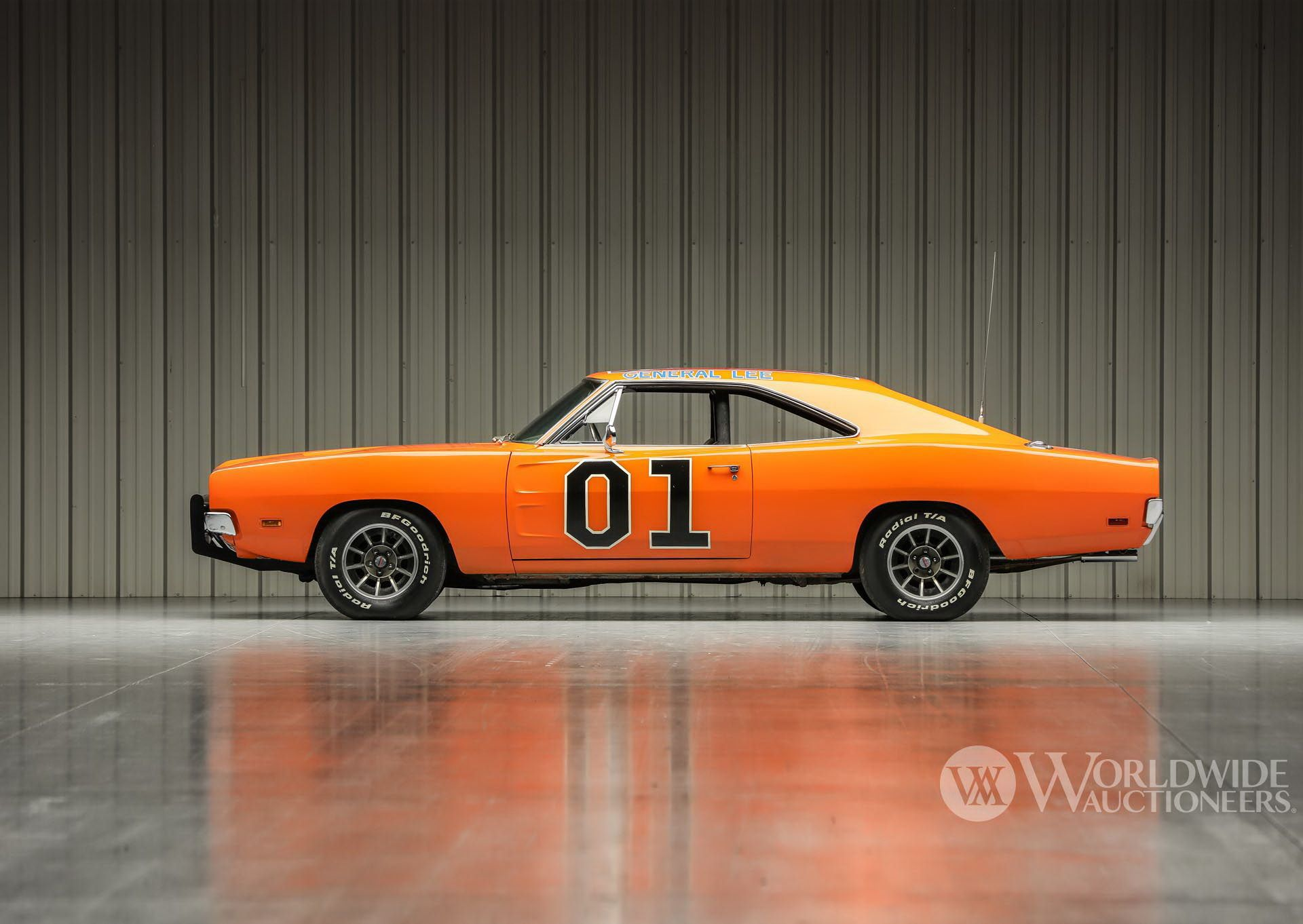 Dodge-Charger-General-Lee-Dukes-Of-Hazzard-auction-3