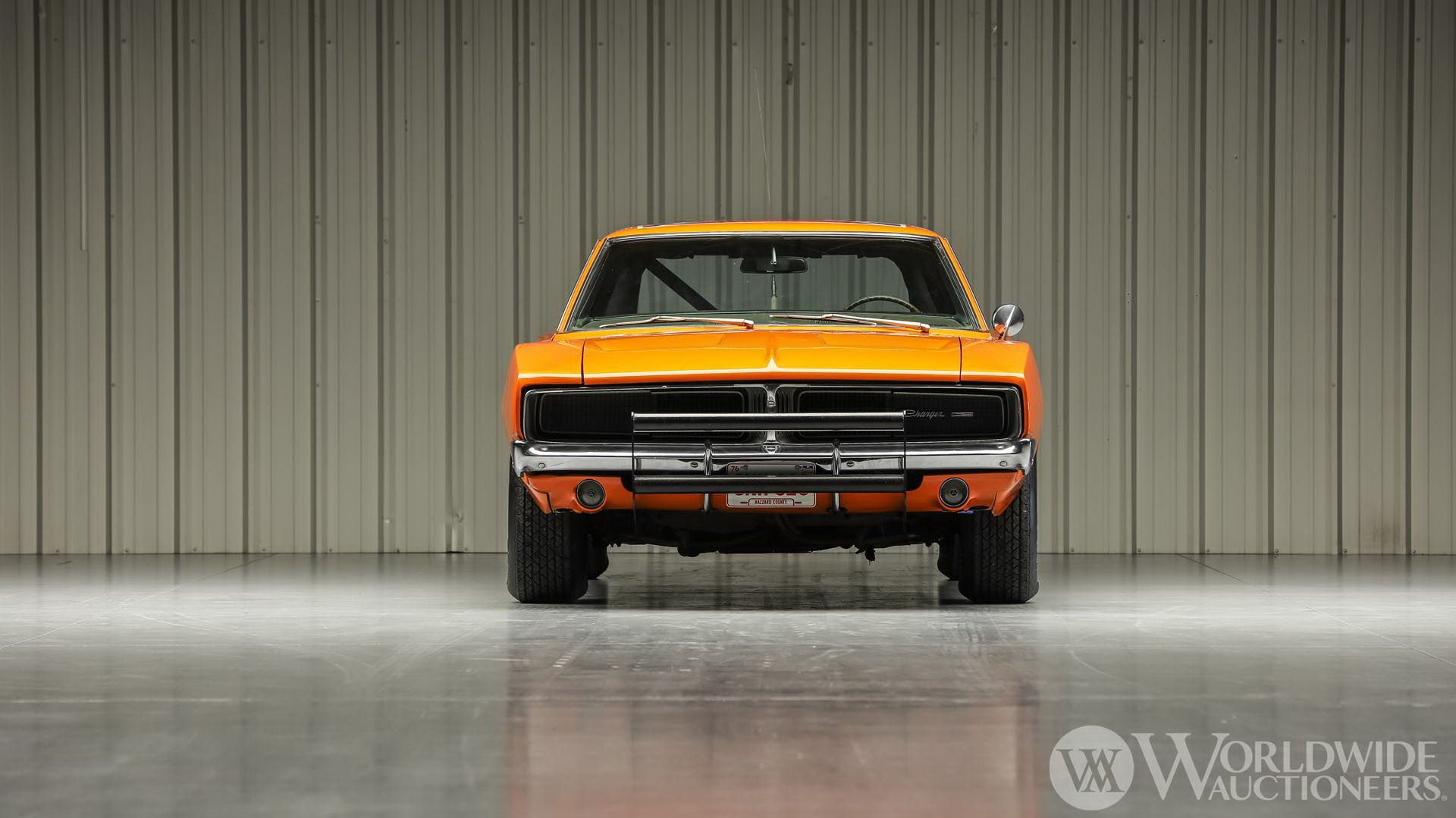 Dodge-Charger-General-Lee-Dukes-Of-Hazzard-auction-5