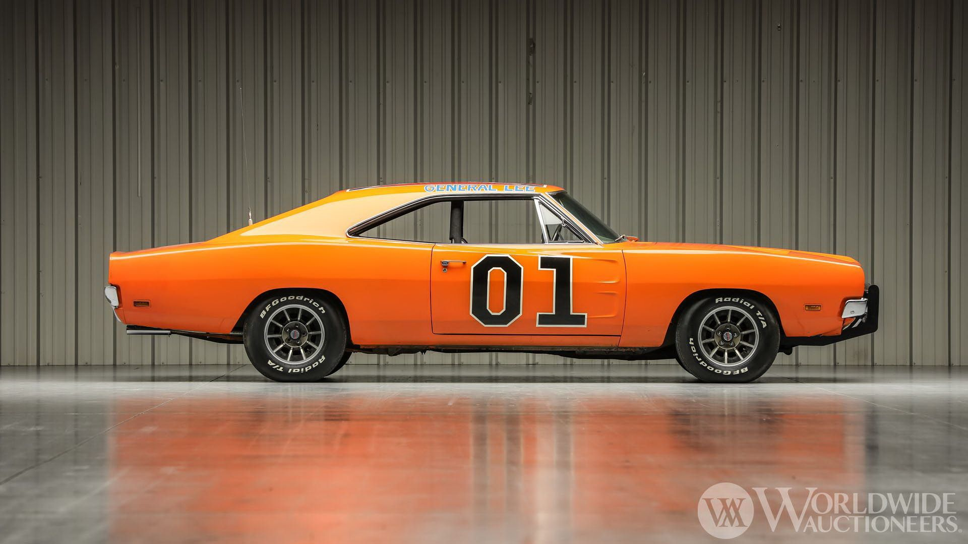 Dodge-Charger-General-Lee-Dukes-Of-Hazzard-auction-7
