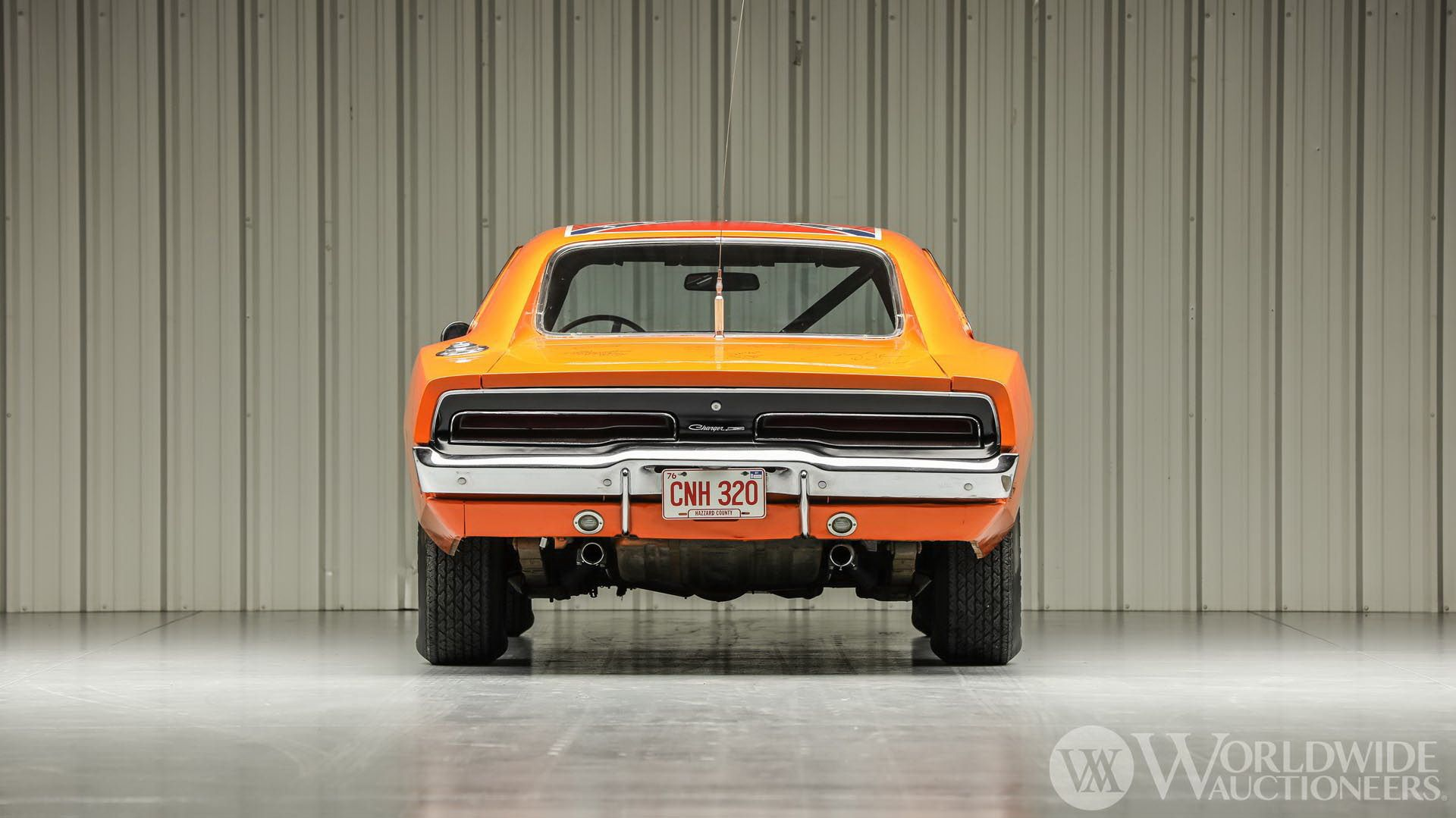 Dodge-Charger-General-Lee-Dukes-Of-Hazzard-auction-8
