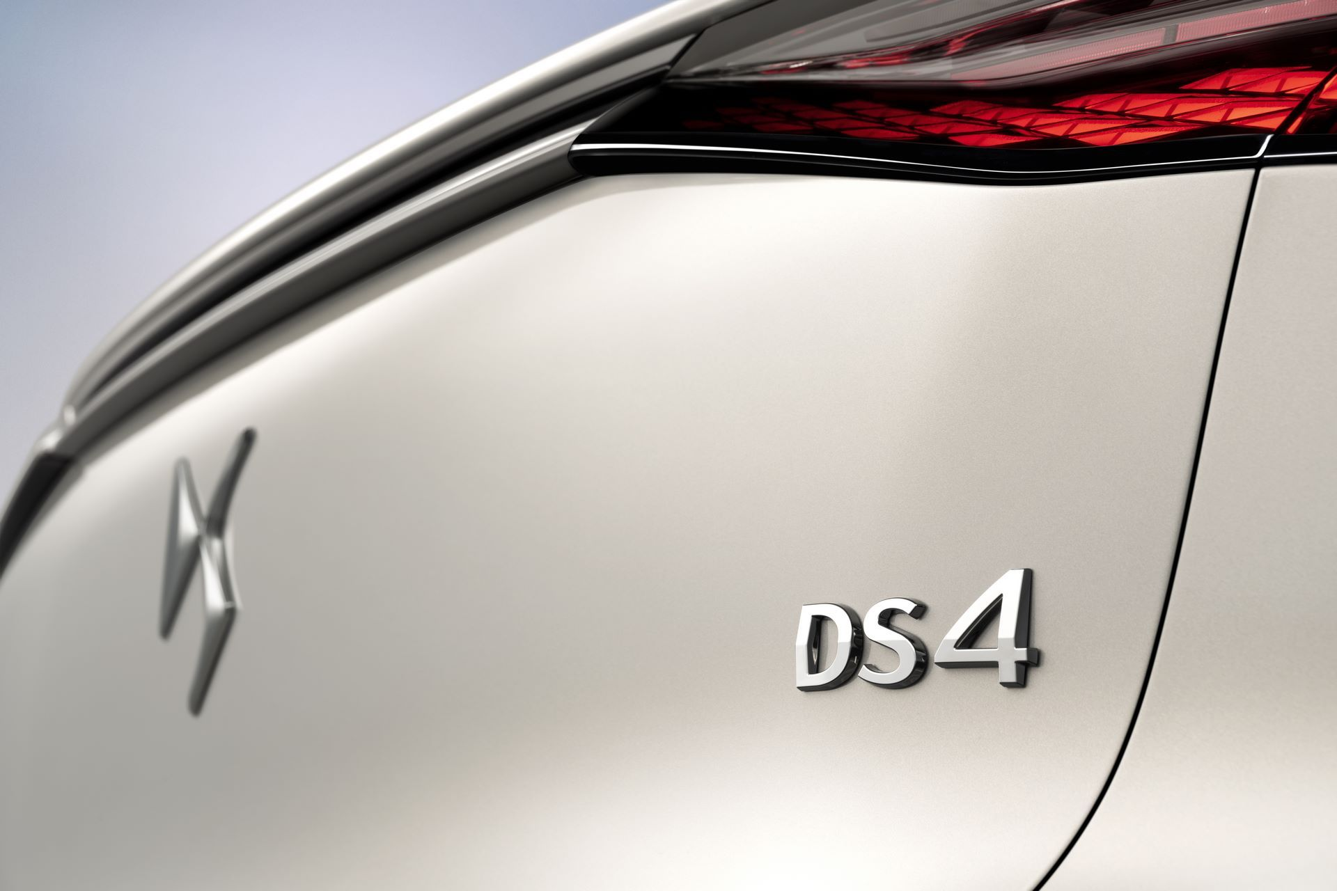 DS4-and-DS4-Cross-2021-30