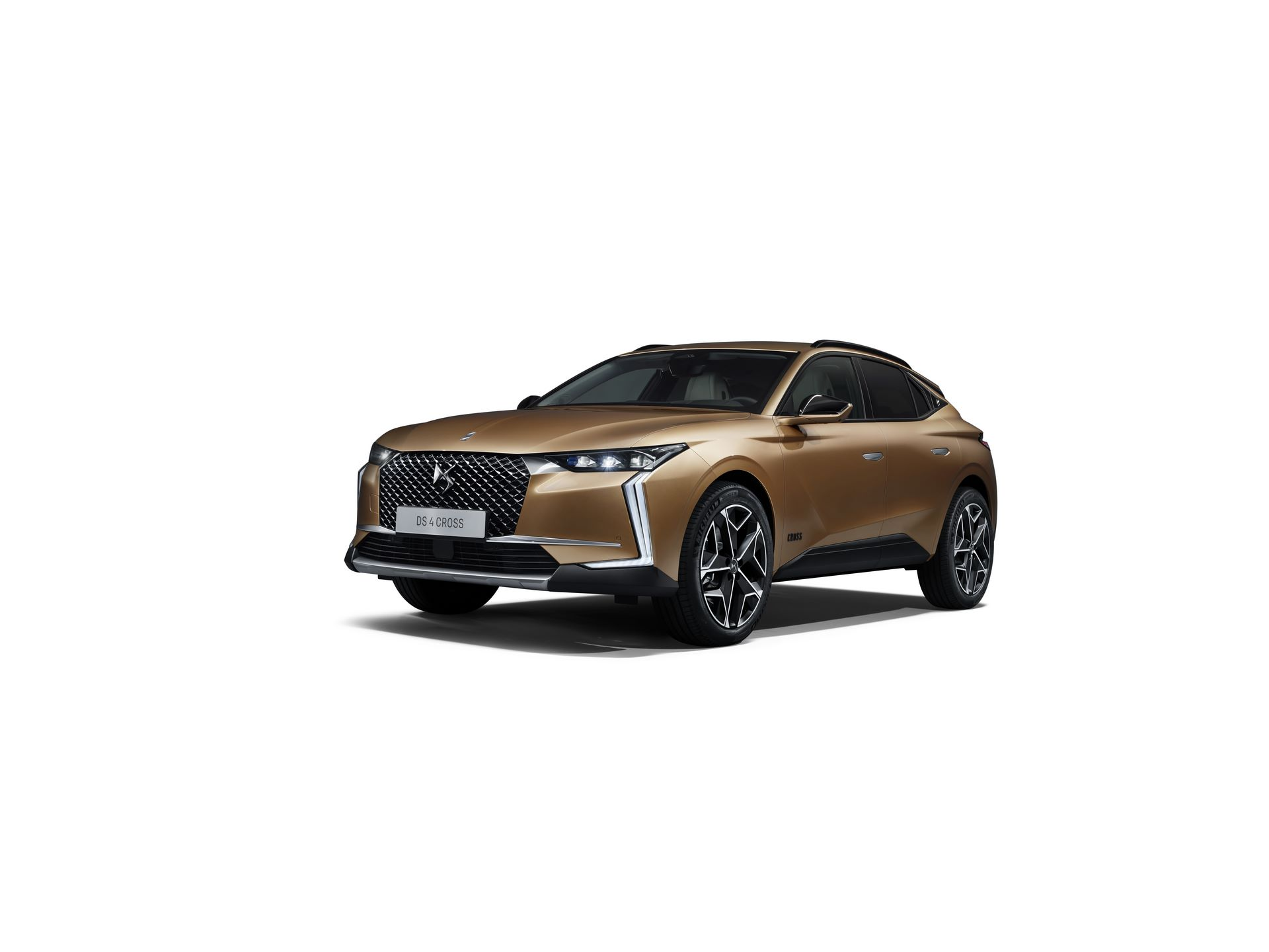 DS4-and-DS4-Cross-2021-42