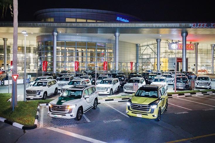 Dubai_Abu-Dhabi_police_Land_Cruiser-0002