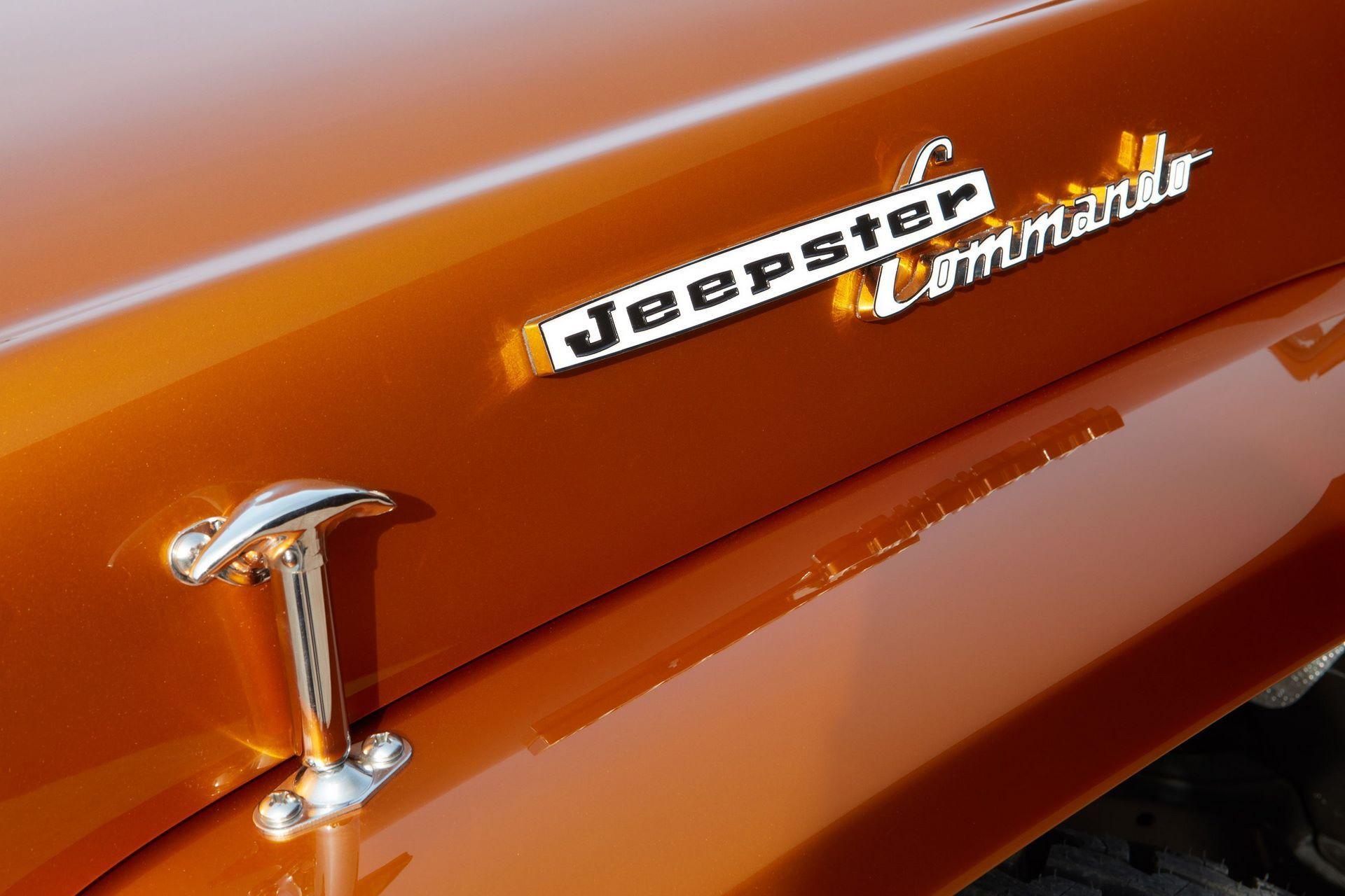 1968-jeepster-commando-beach-4