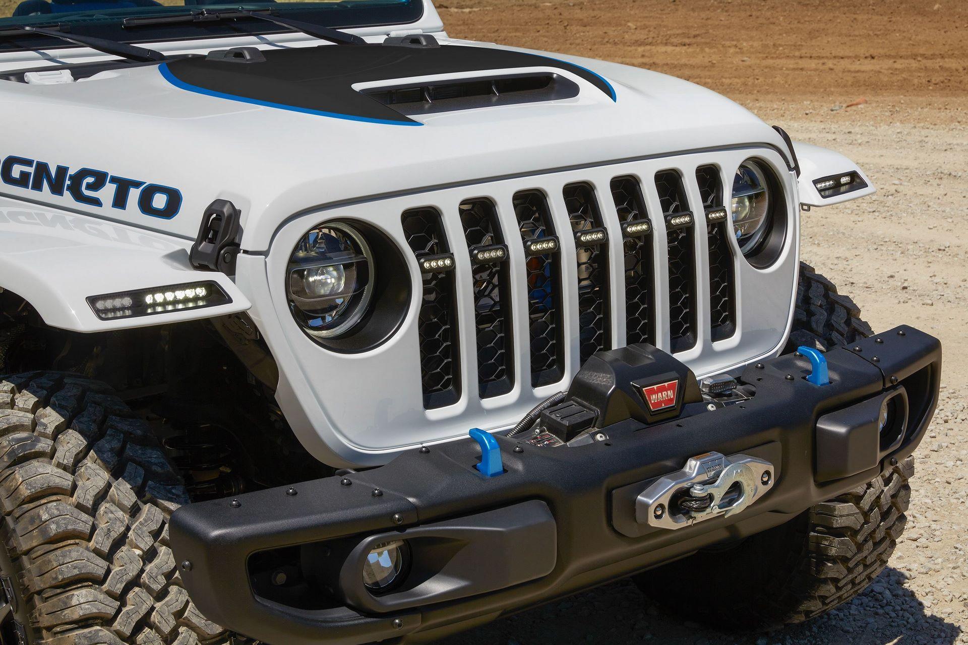 2020-jeep-wrangler-magneto-electric-concept-6
