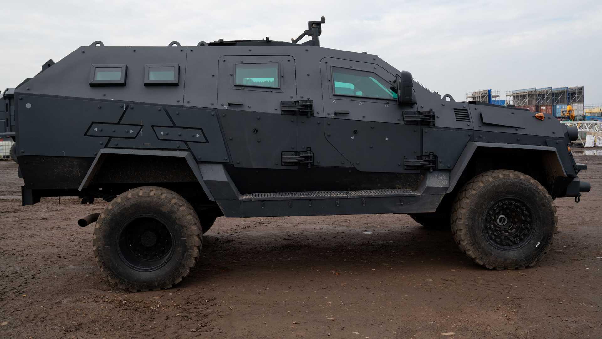villains-armory-truck