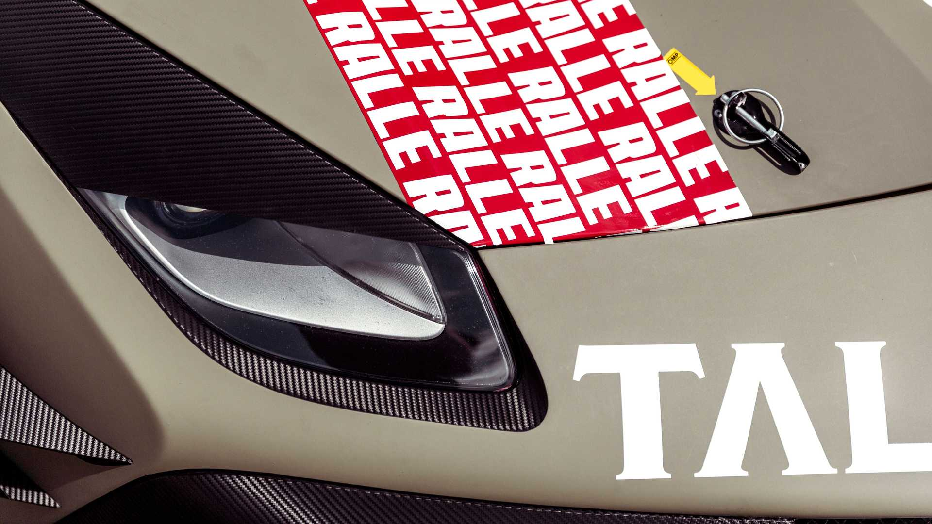 Ferrari-488-Challenge-Camera-Car-7