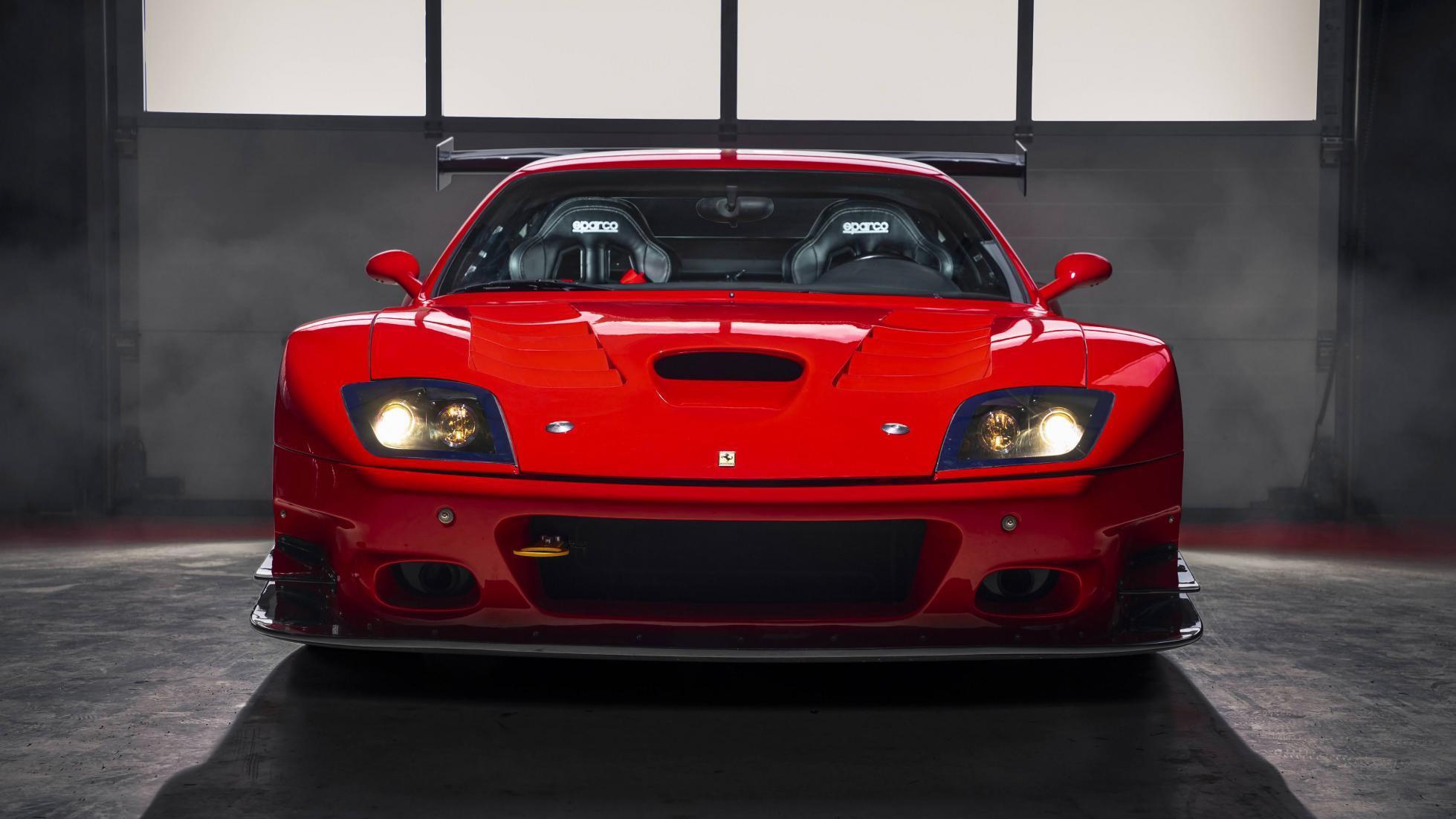 Ferrari_575_GTC_Stradale_0001