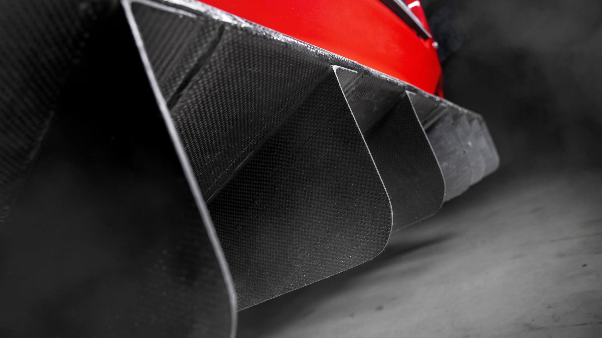 Ferrari_575_GTC_Stradale_0009