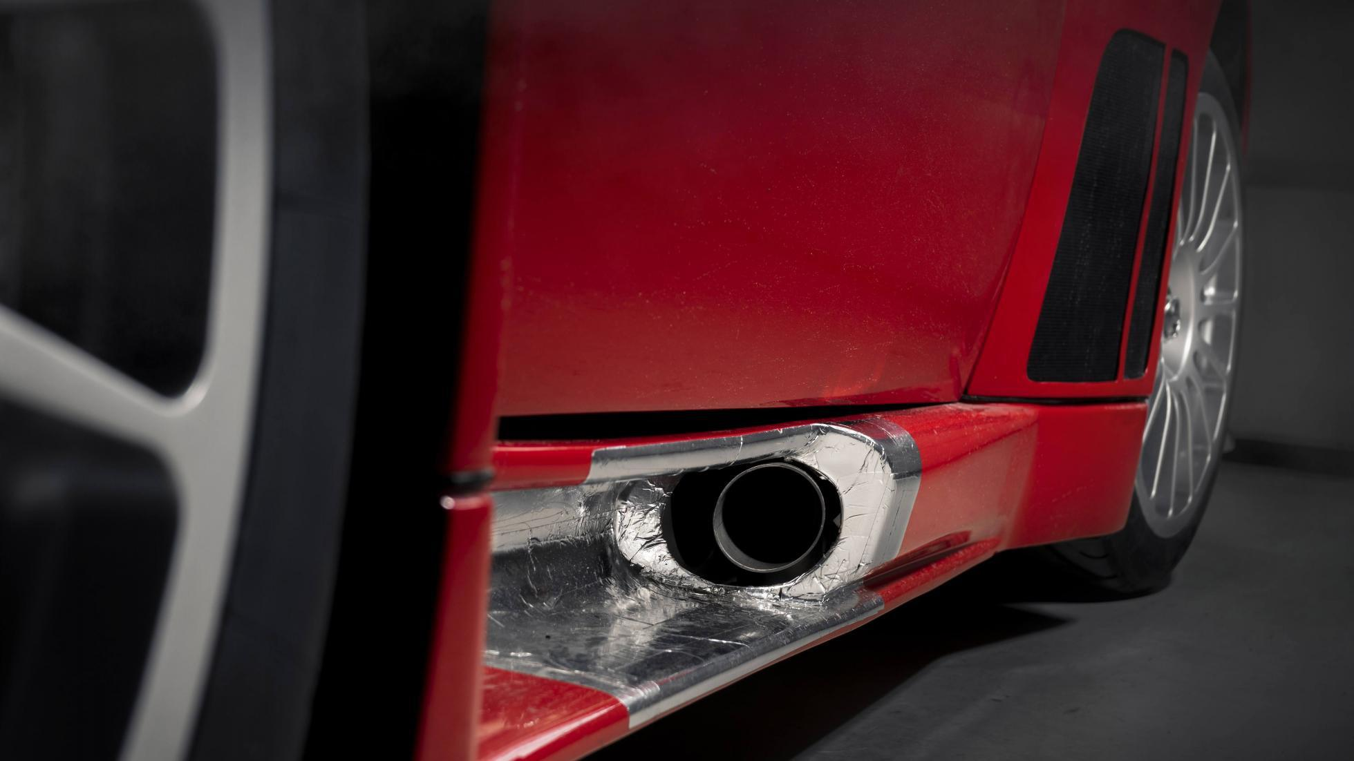 Ferrari_575_GTC_Stradale_0011