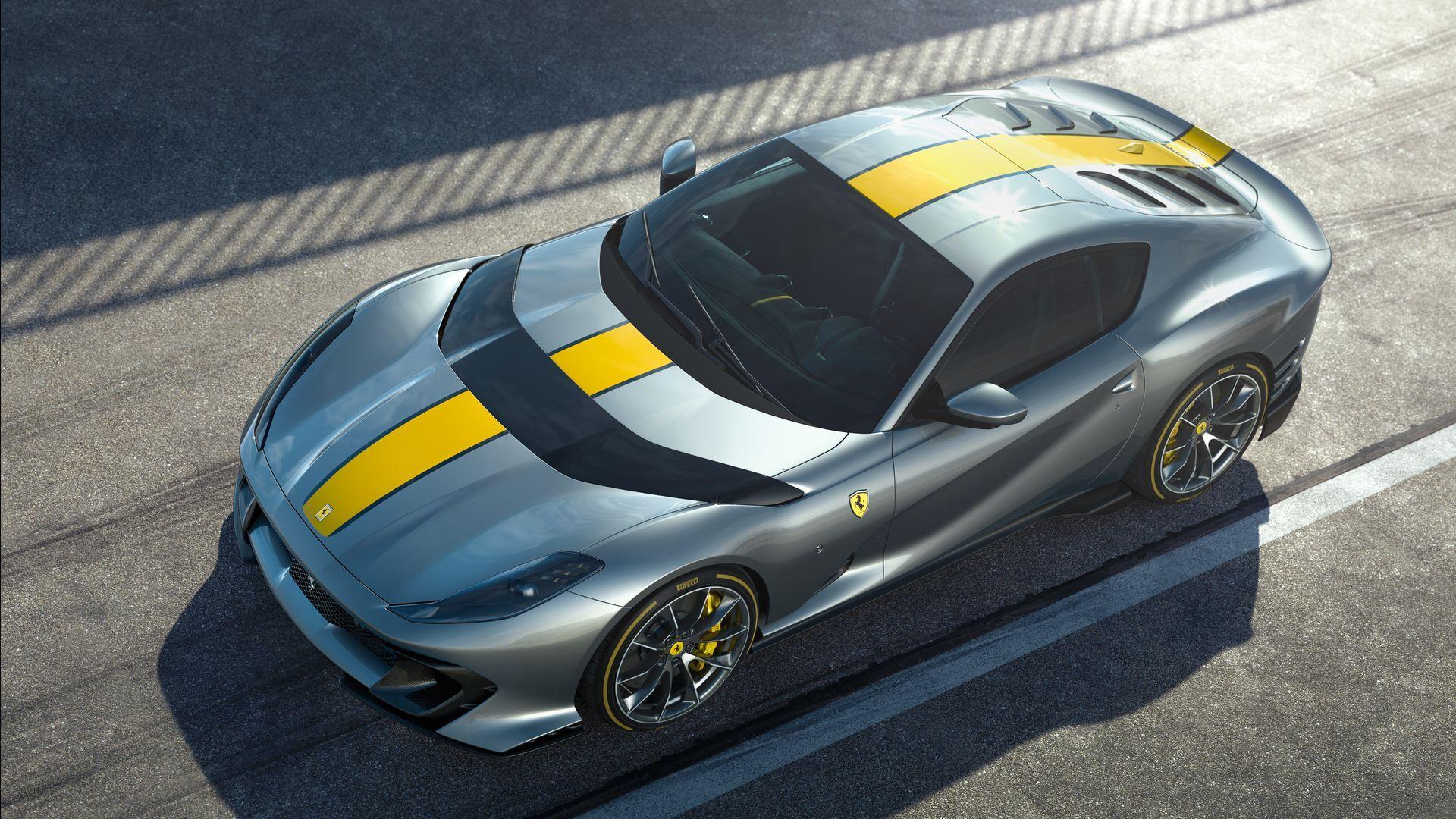 Ferrari-812-Competizione-2