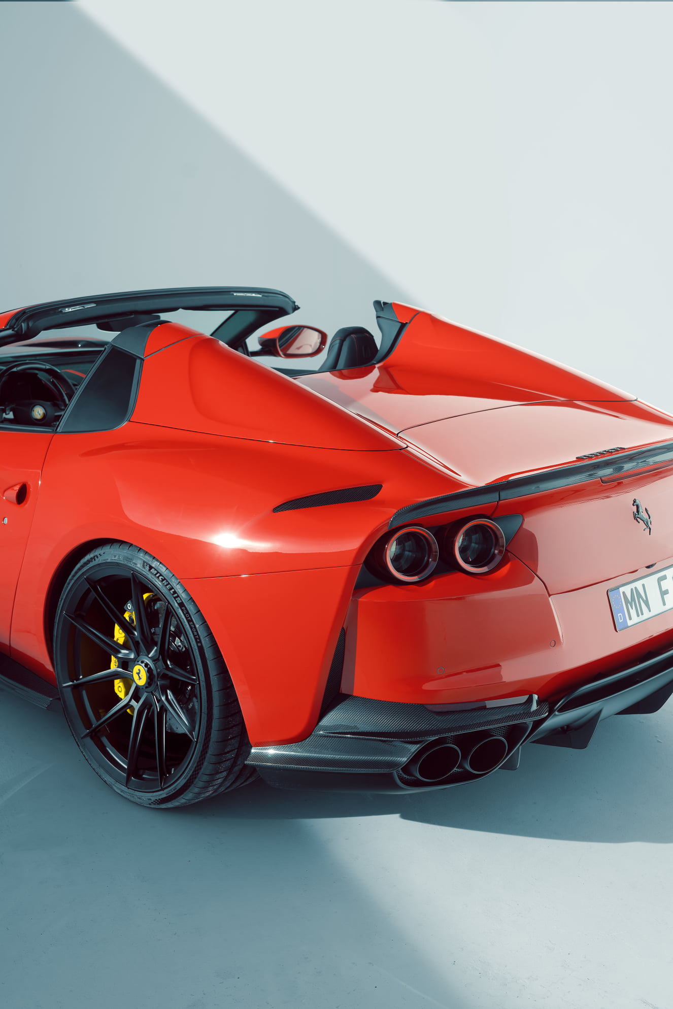 Ferrari-812-GTS-by-Novitec-13