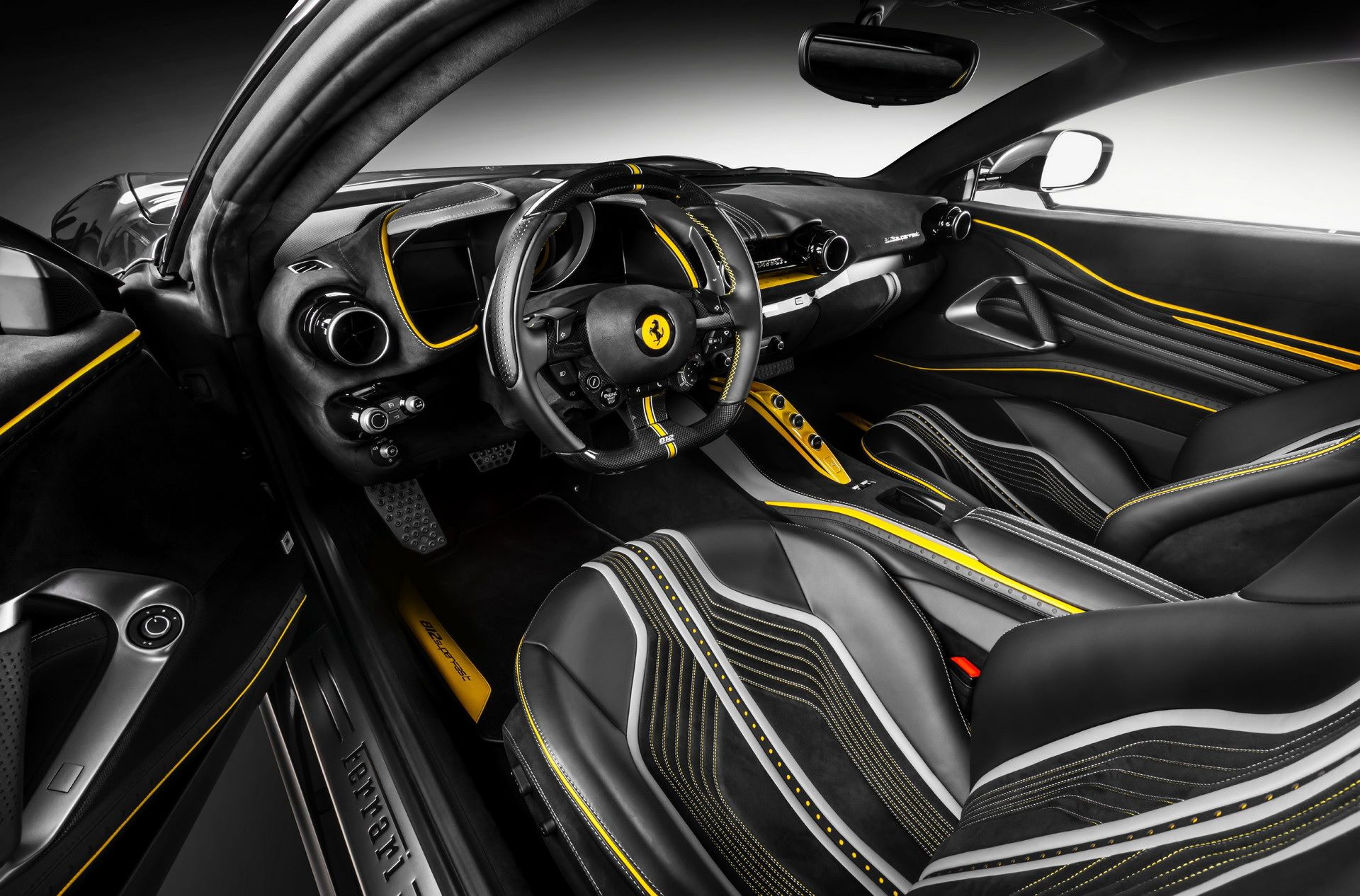 Ferrari-812-Superfast-by-Carlex-Design-9