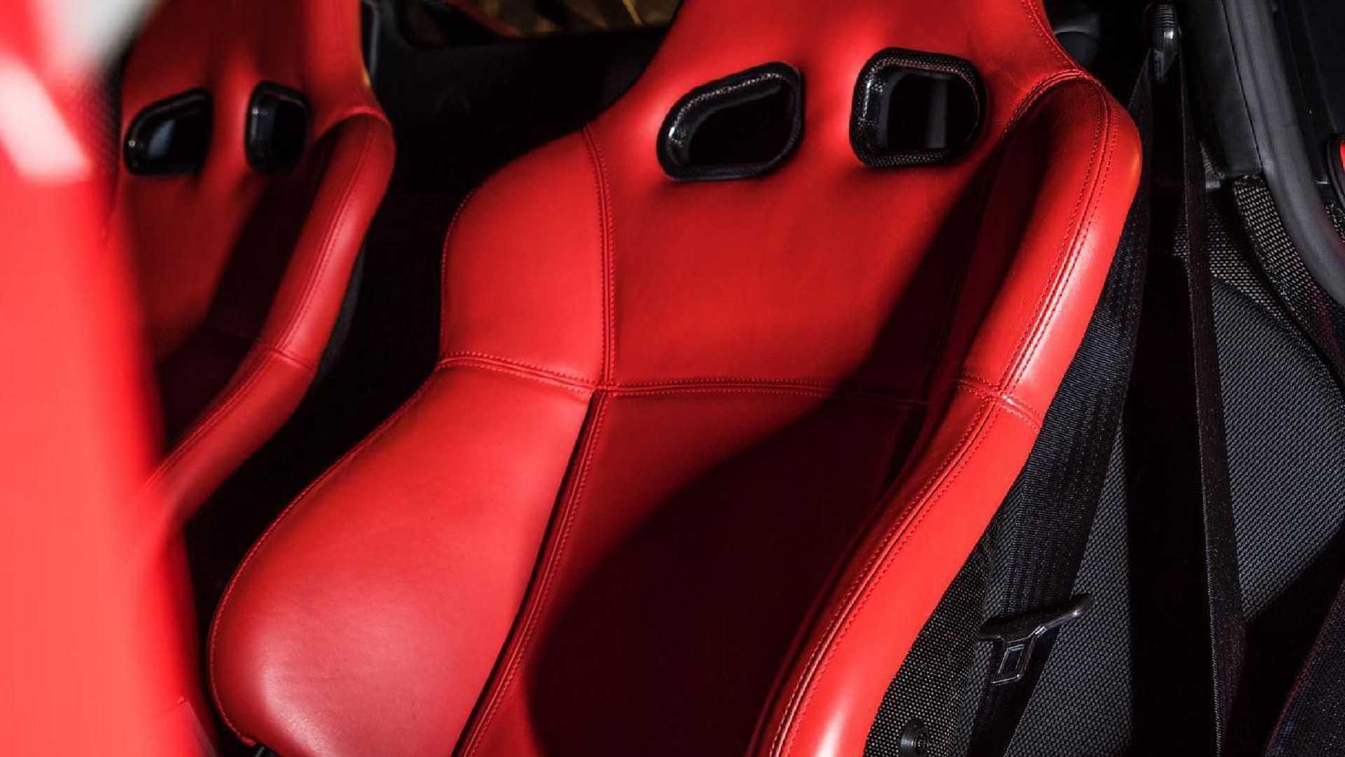 Ferrari-Enzo-sale-8