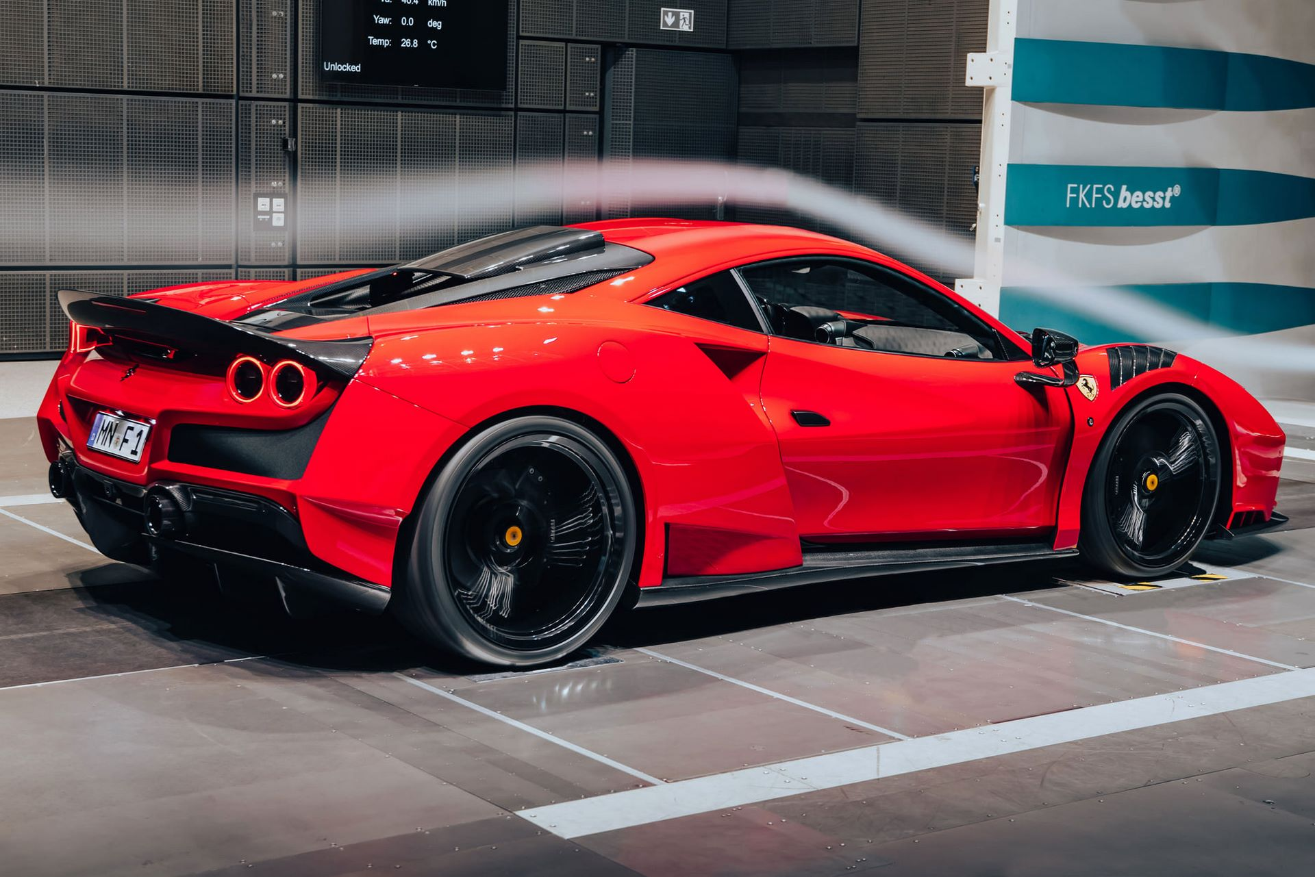Ferrari-F8-N-Largo-by-Novitec-15