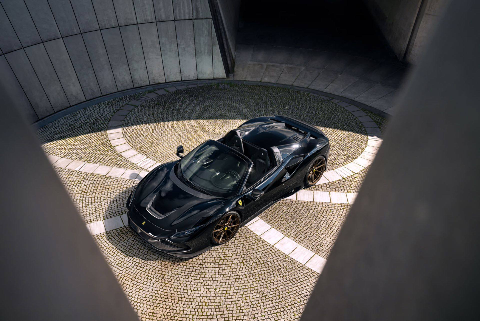 Ferrari-F8-Spider-by-Novitec-5