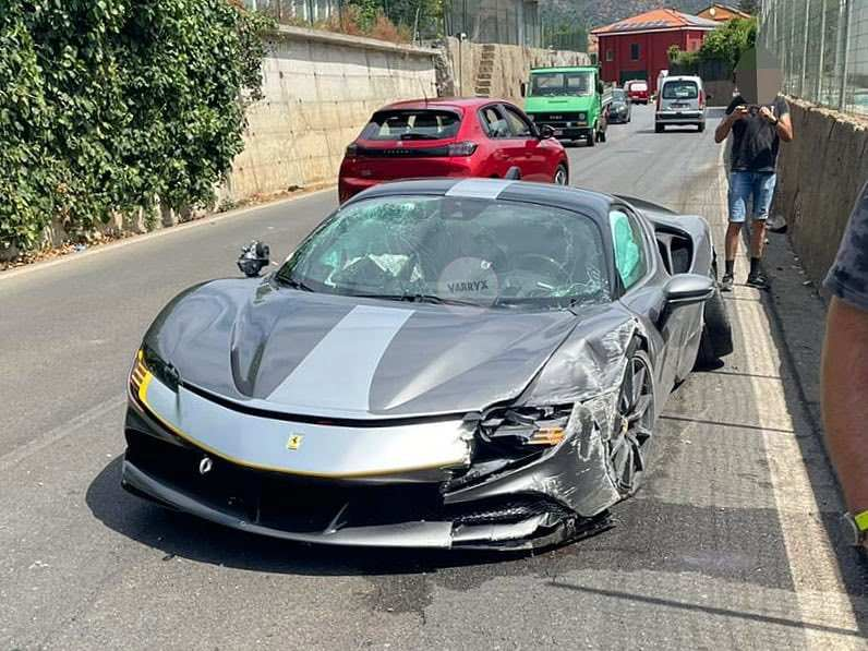 Ferrari_SF90_Stradale_Assetto_Fiorano_Package_Crash0002
