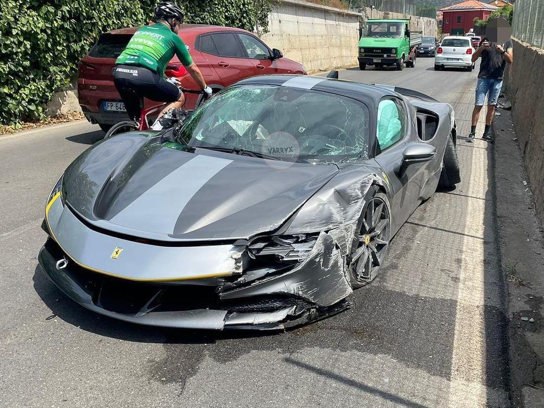 Ferrari_SF90_Stradale_Assetto_Fiorano_Package_Crash0005