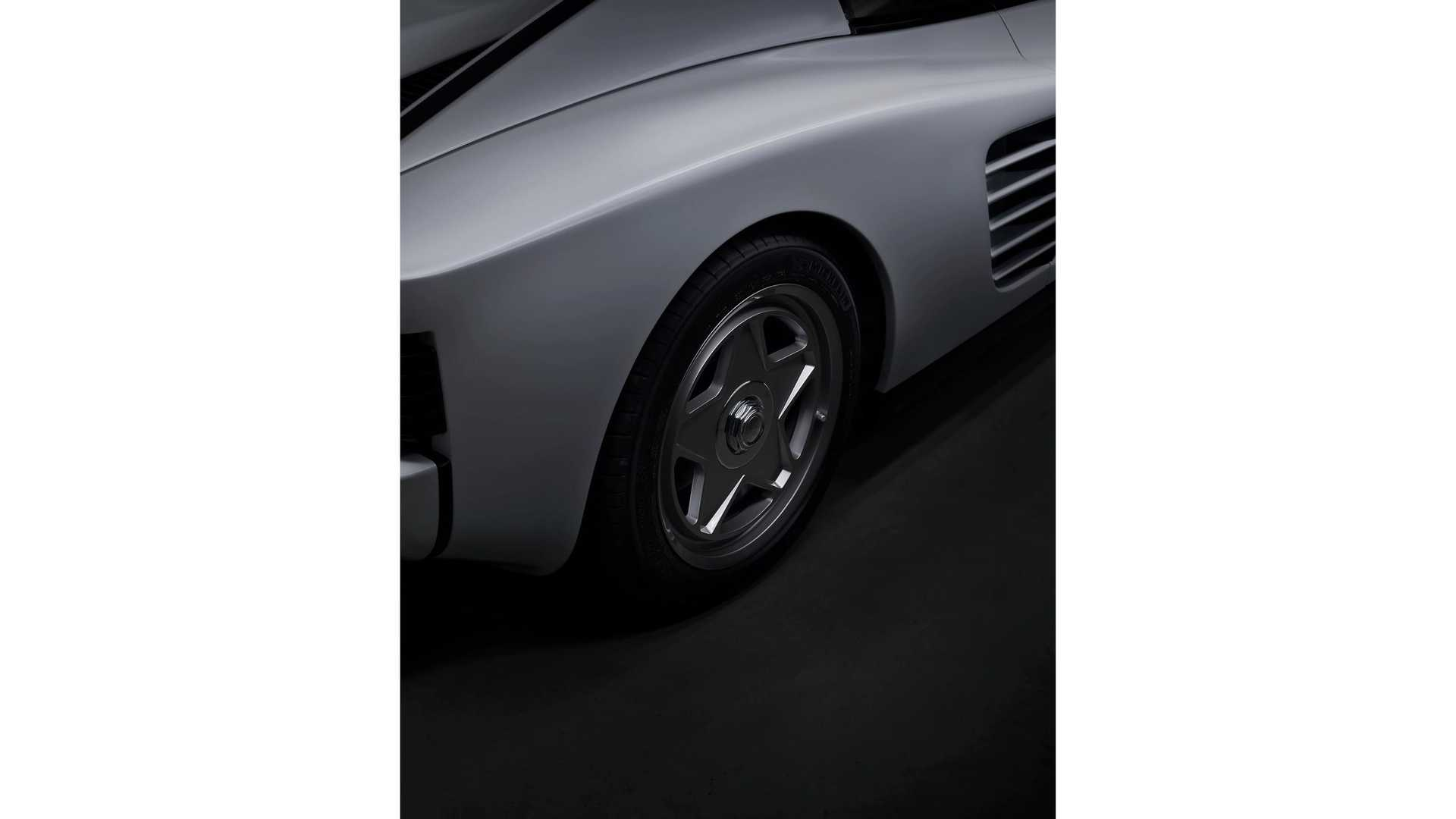 Ferrari-Testarossa-restomod-Officine-Fioravanti-12