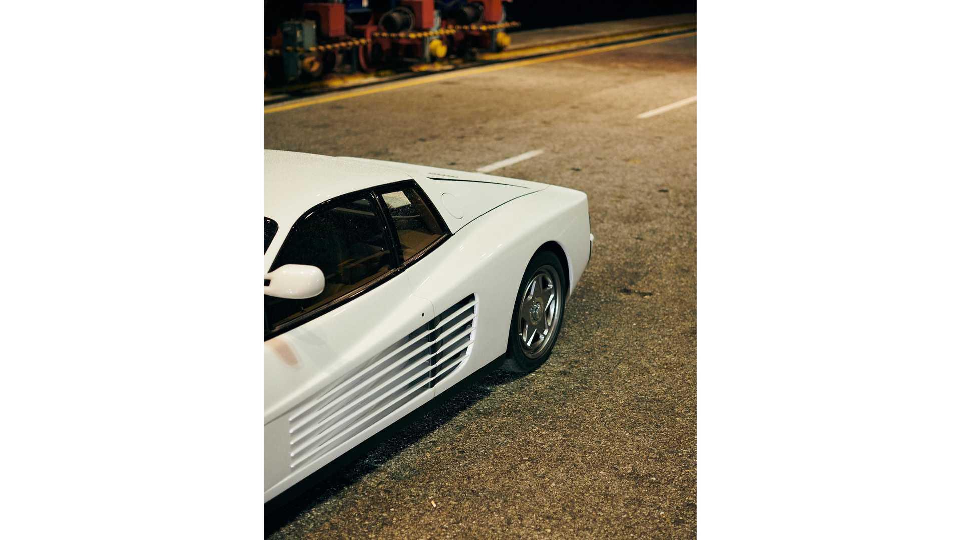 Ferrari-Testarossa-restomod-Officine-Fioravanti-6
