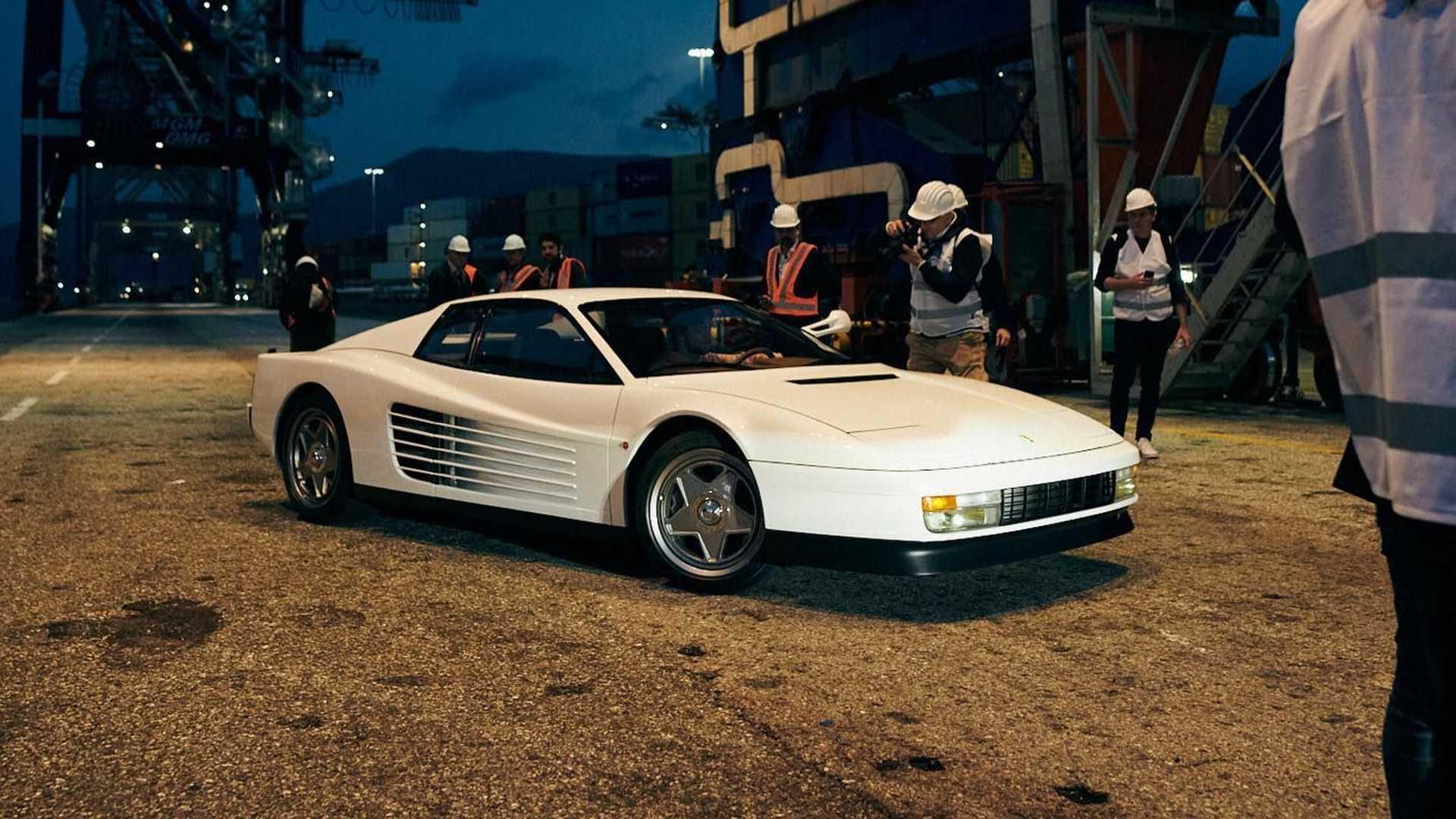 Ferrari-Testarossa-restomod-Officine-Fioravanti-8