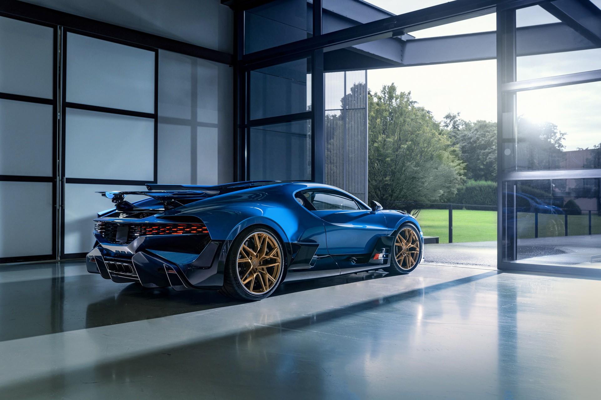 Final_Bugatti_Divo-0000