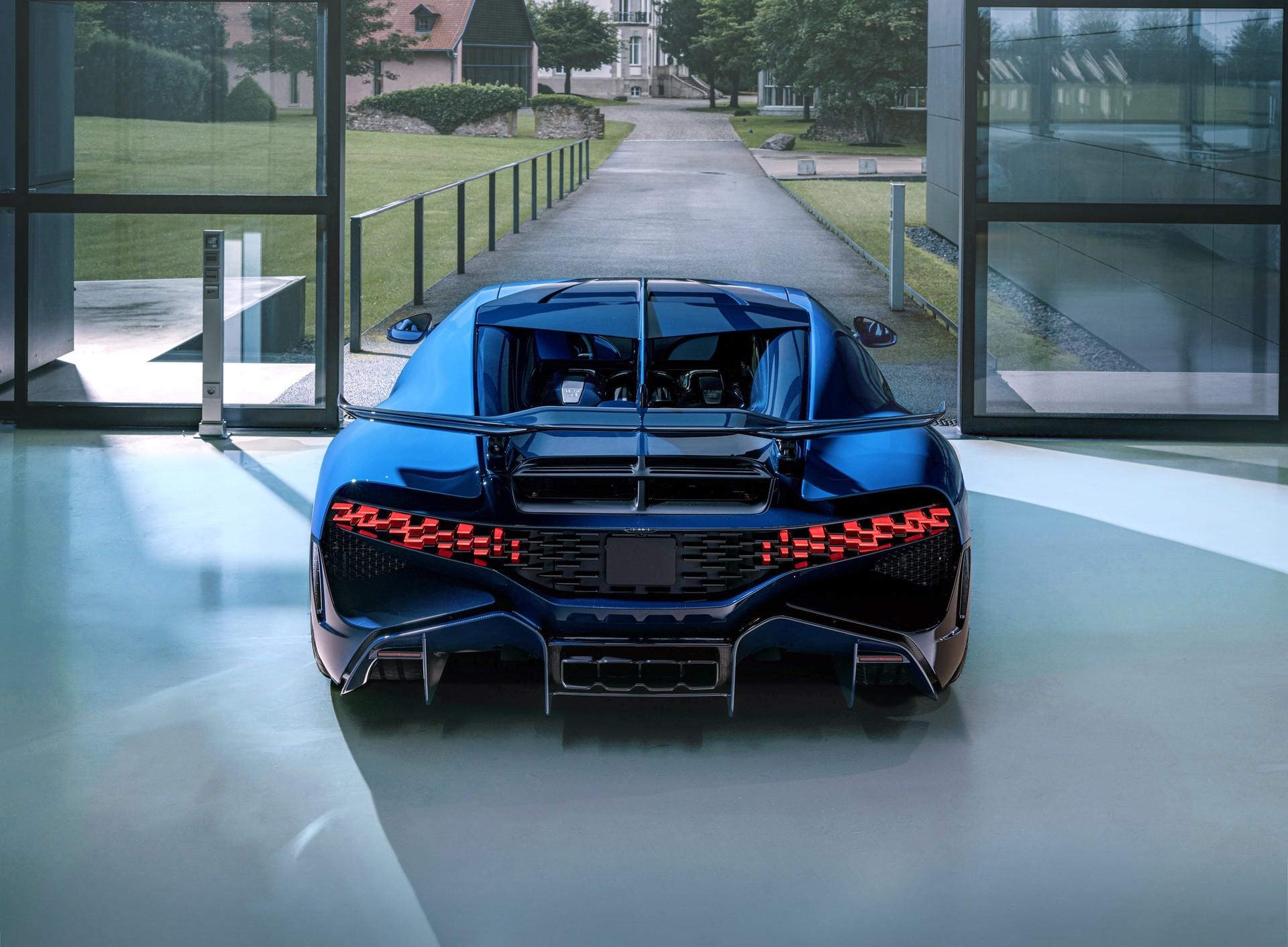 Final_Bugatti_Divo-0001