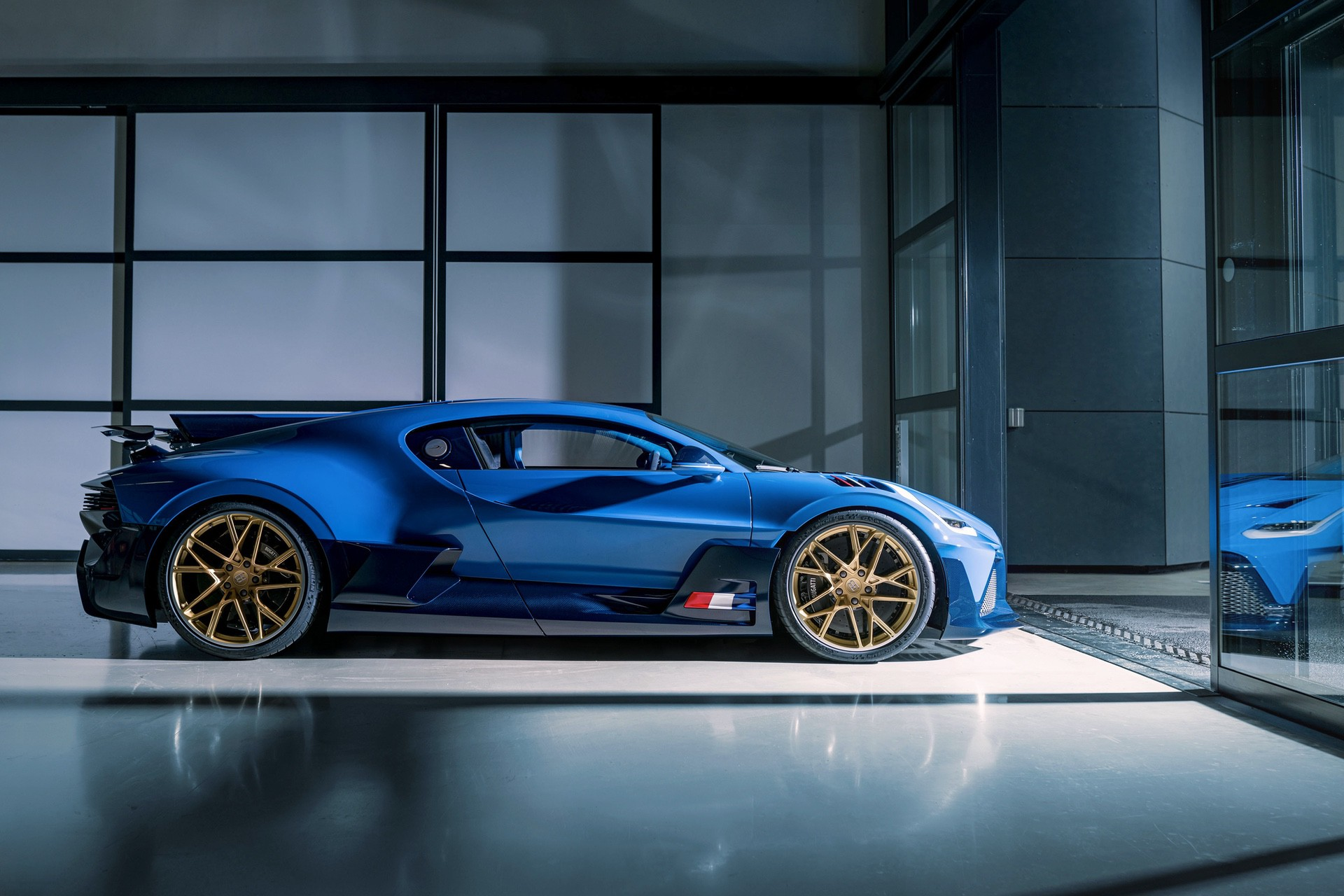 Final_Bugatti_Divo-0002