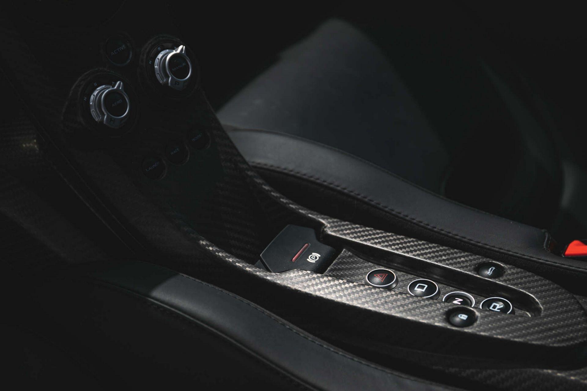 McLaren-P1-24