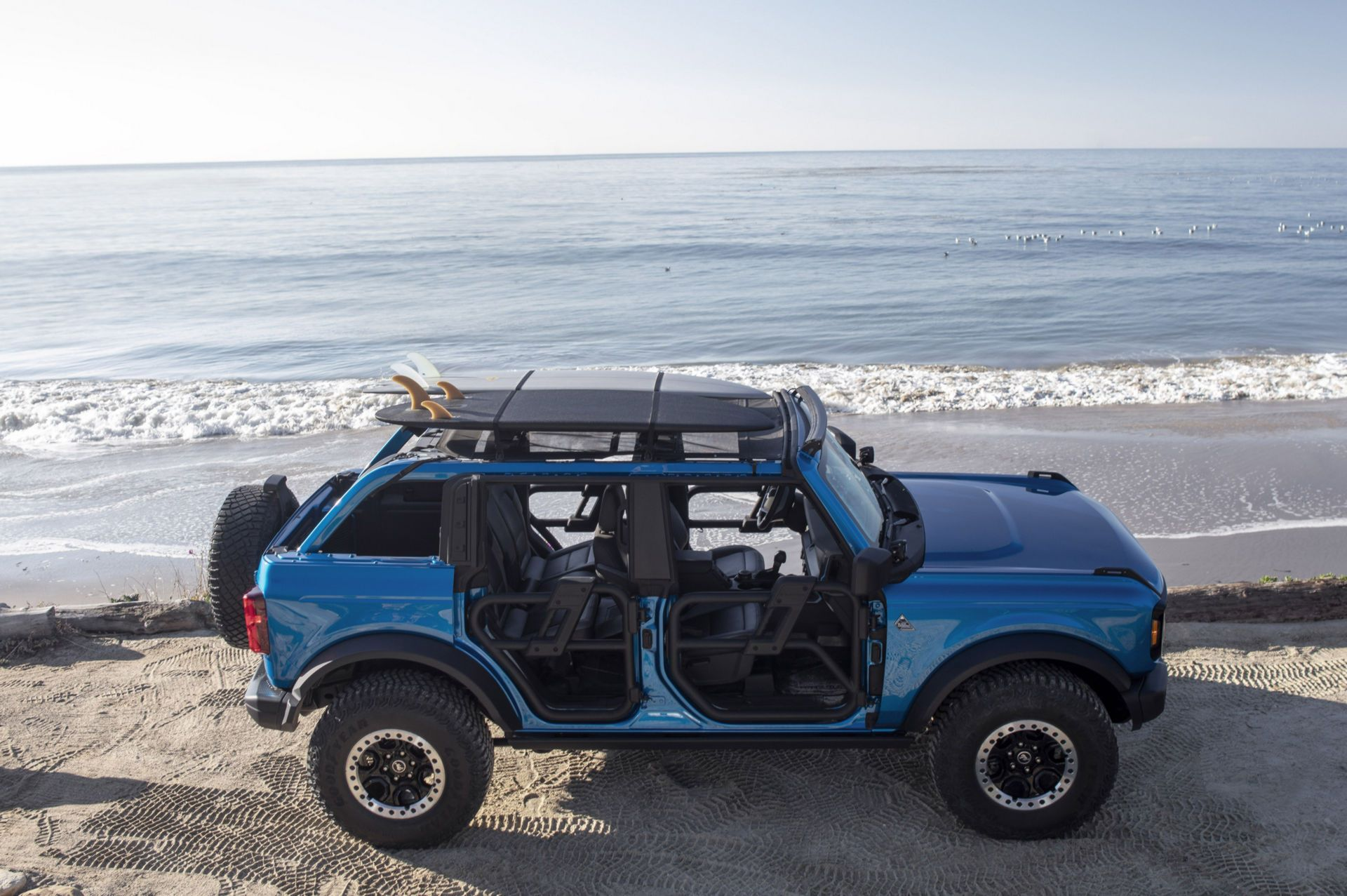 Ford-Bronco-Riptide-Project-Vehicle-4