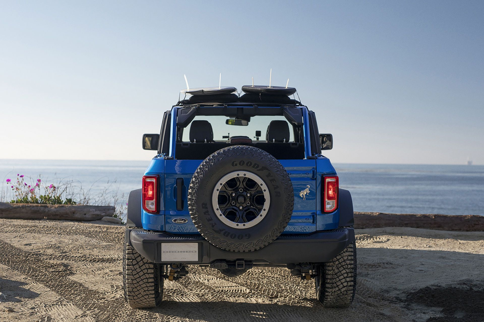 Ford-Bronco-Riptide-Project-Vehicle-6