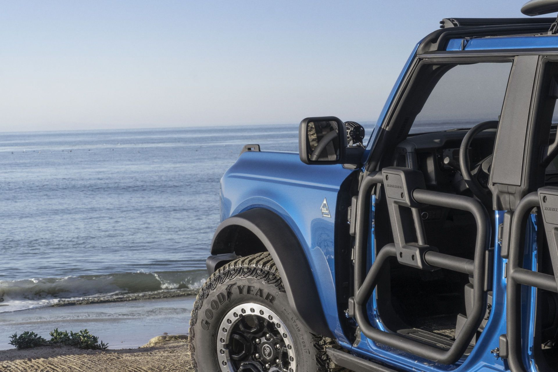 Ford-Bronco-Riptide-Project-Vehicle-8