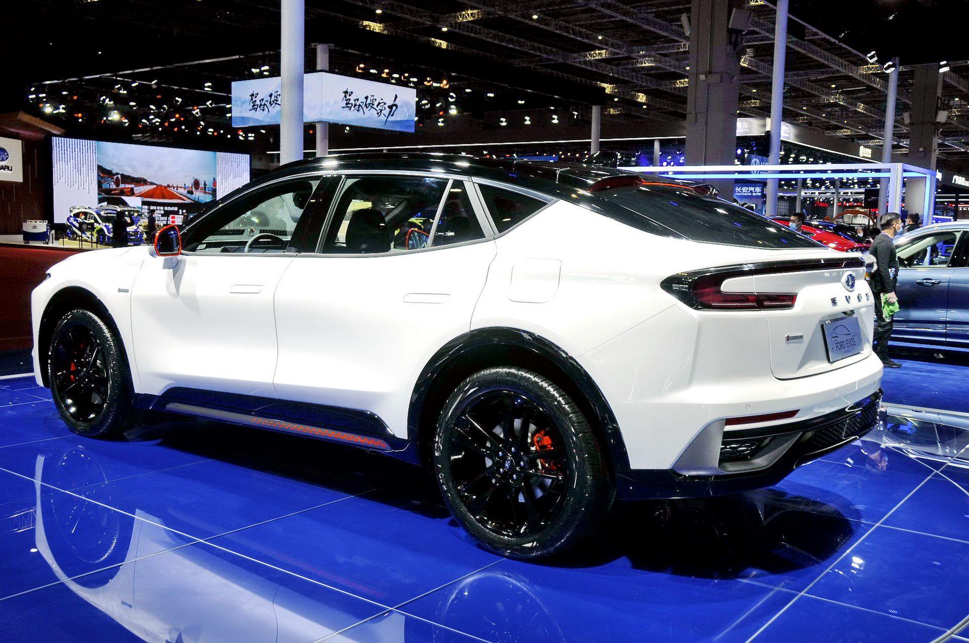 Ford-Evos-2021-10