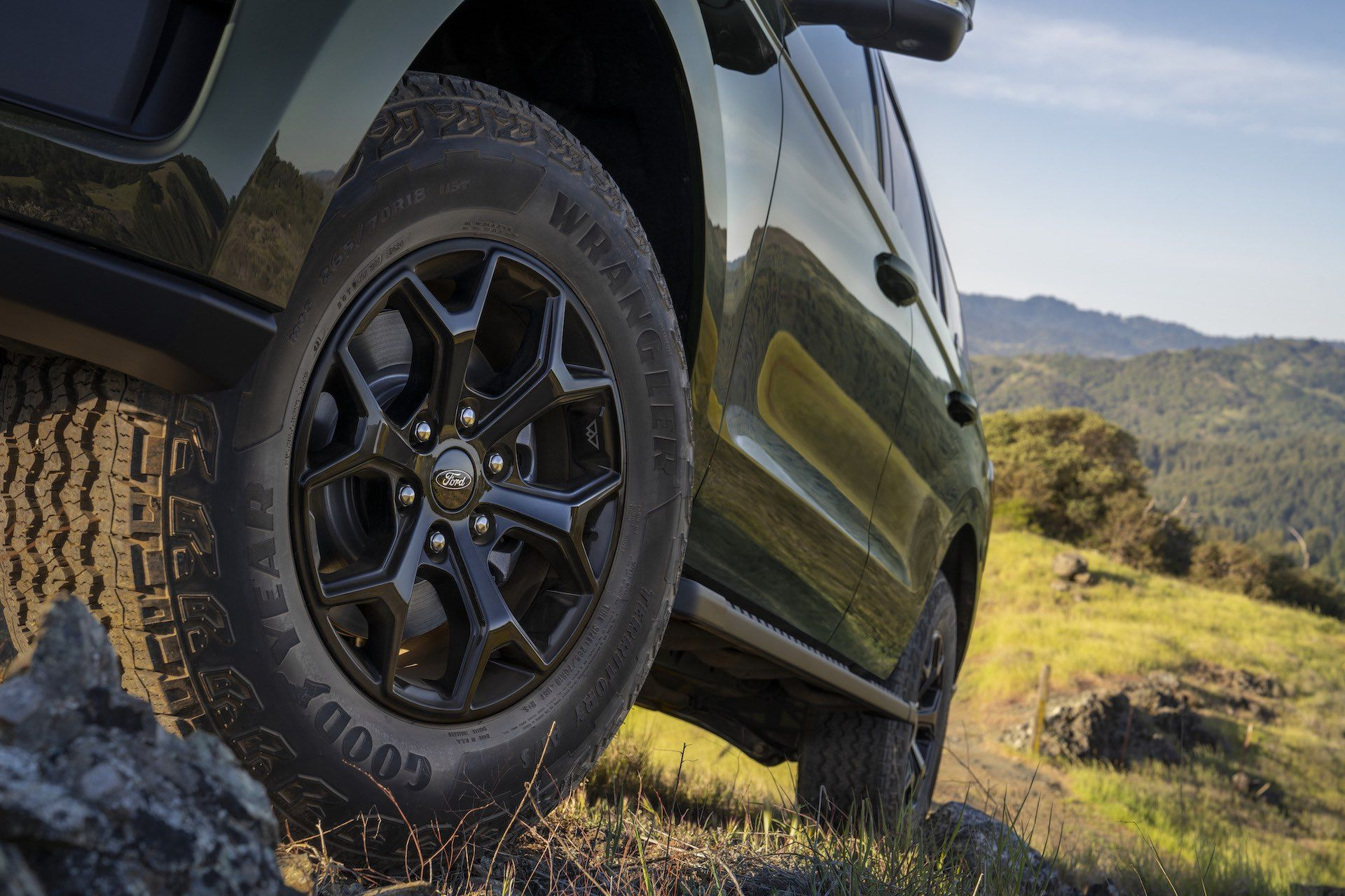 2022-Ford-Expedition-Timberline-00011-1