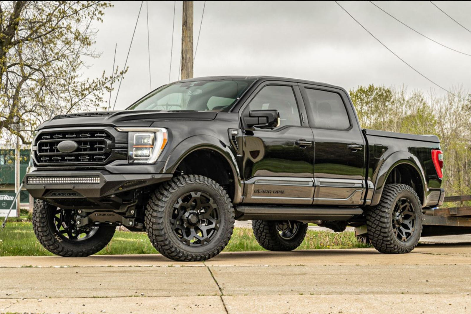 Ford-F-150-Black-Ops-by-Tuscany-Motors-2