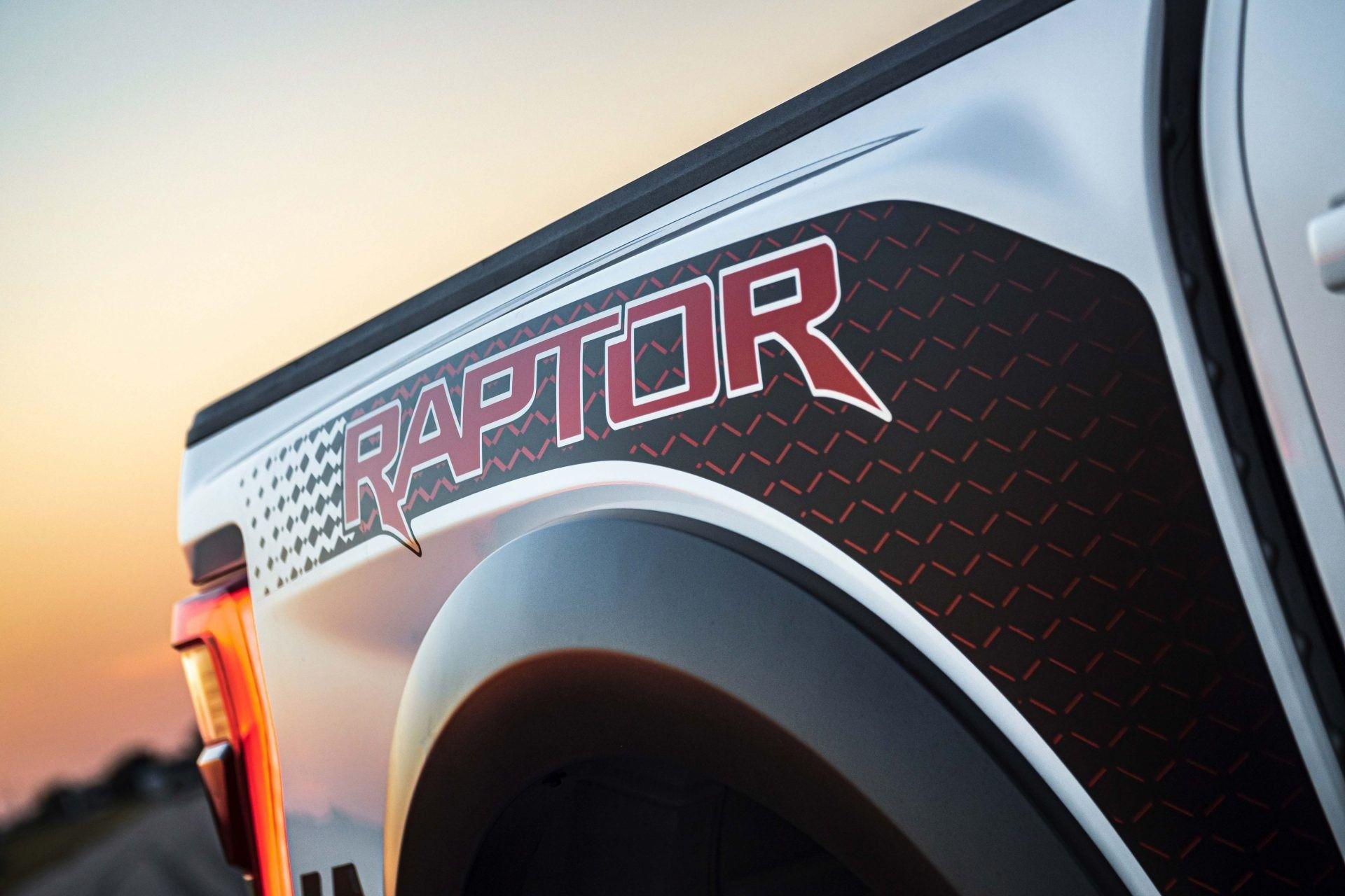 Ford-F-150-Raptor-VelociRaptor-by-Hennessey-16