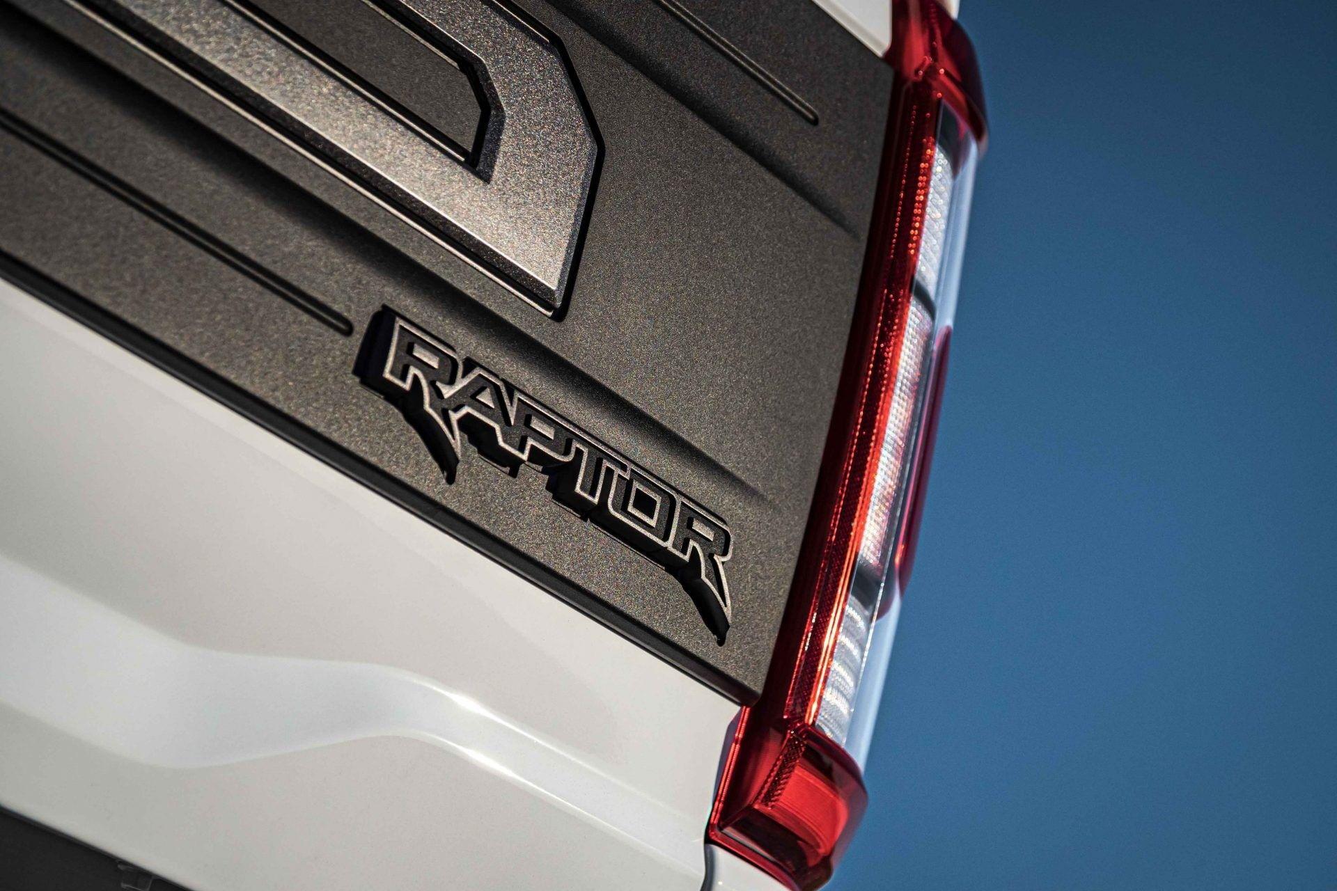 Ford-F-150-Raptor-VelociRaptor-by-Hennessey-25